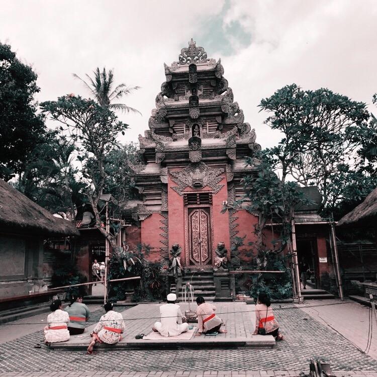 Photo : Maxime Dierickx  Thème :  temple hindou