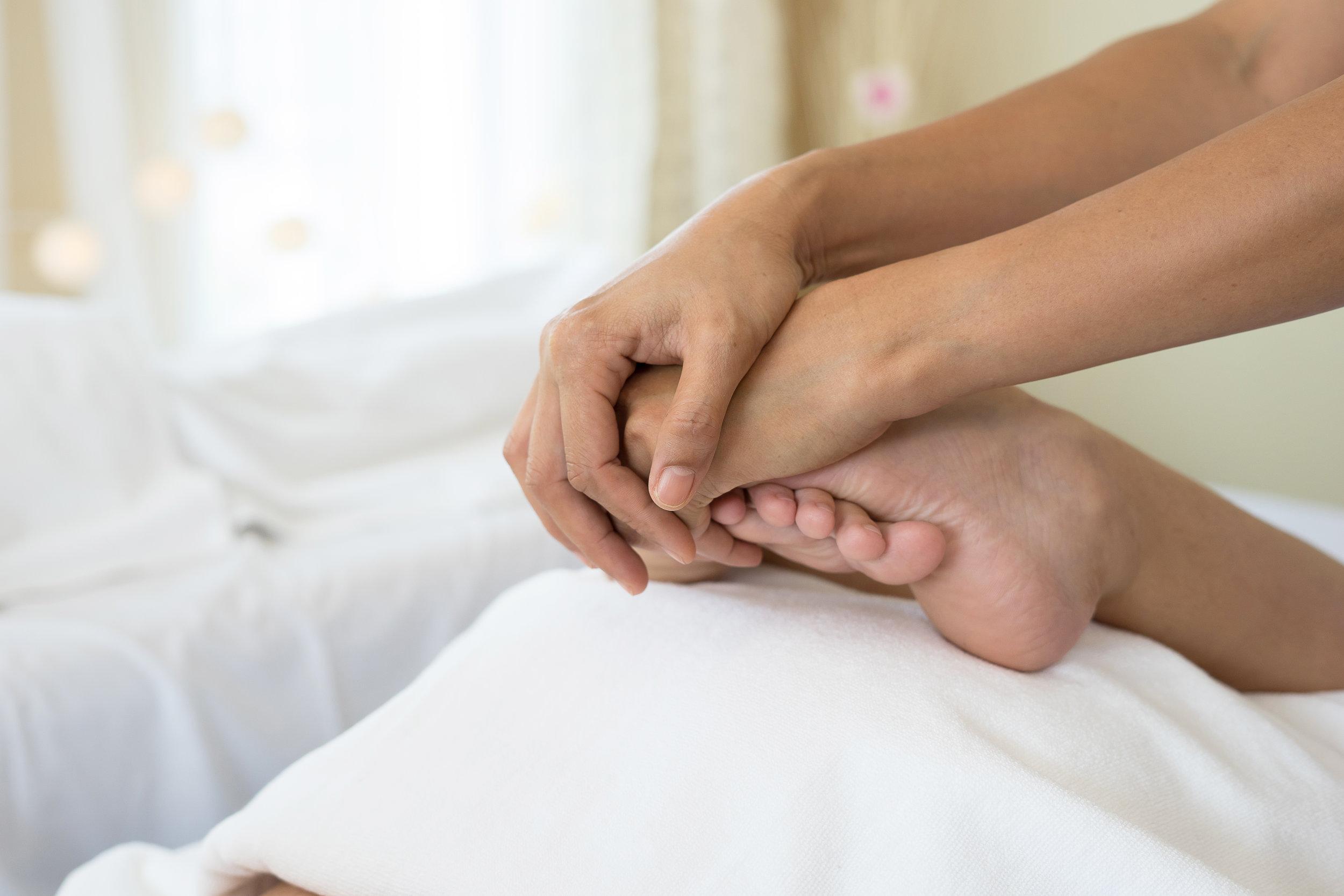 - Ces troubles apparaissent dans les jours, semaines voir mois suivant le début des traitements et s'estompent progressivement après la fin des traitements.