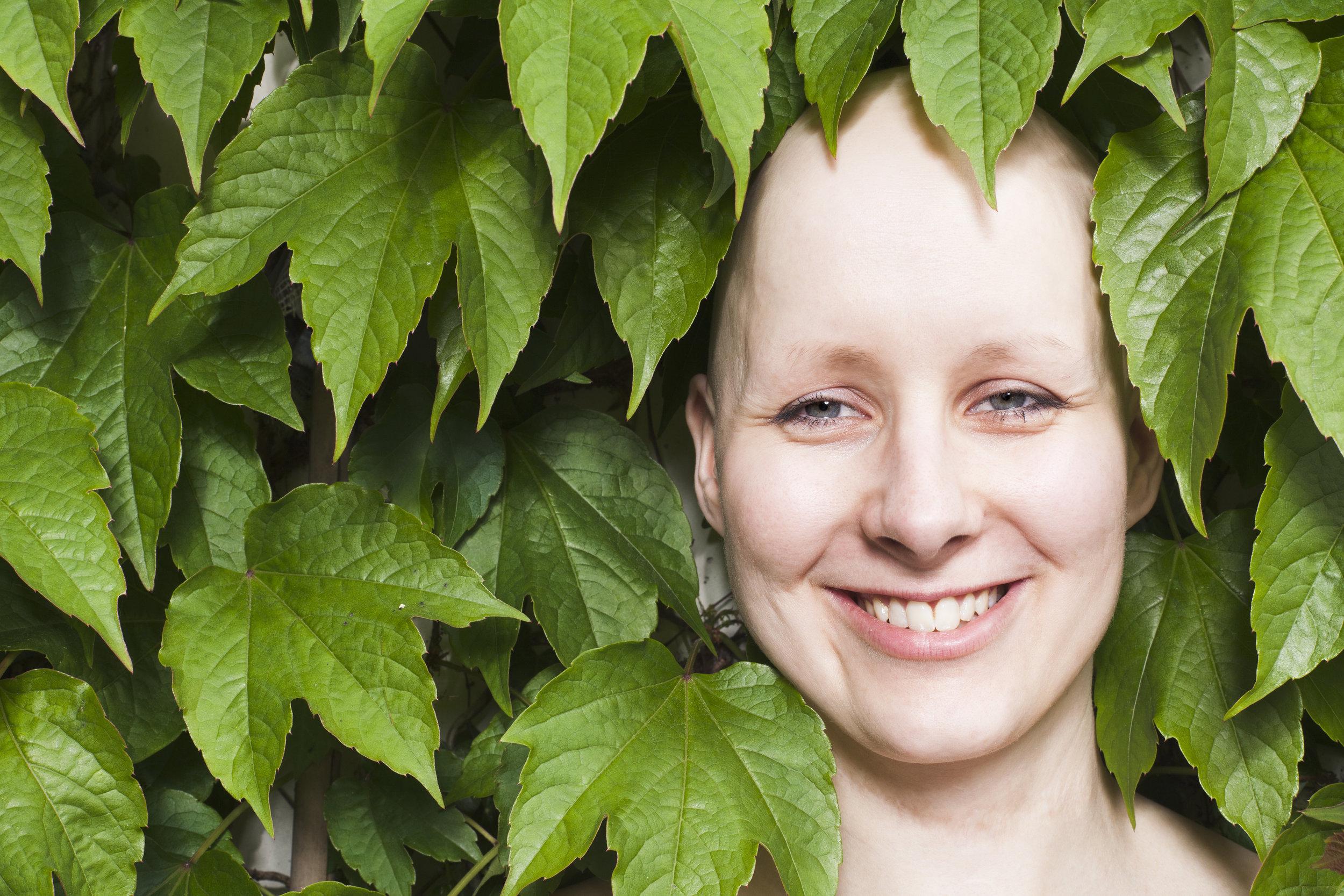 - Il faut préciser que la perte des cheveux n'est pas systématique en cas de chimiothérapie et qu'elle est surtout temporaire. Les cheveux repoussent une fois les traitements terminés.