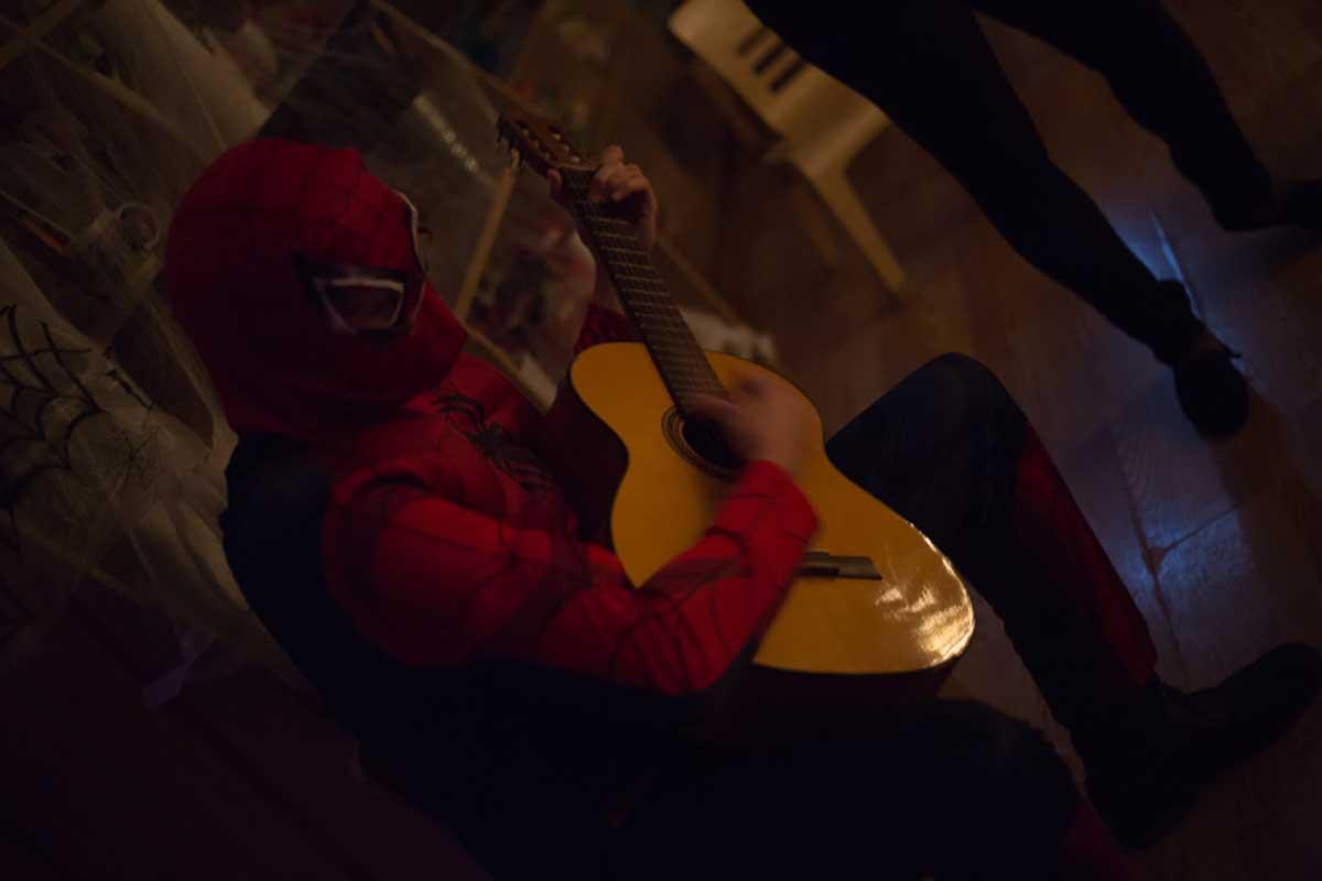 spiderman-guitar.jpg
