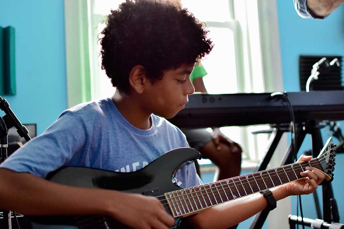 Guitar-Lessons.jpg
