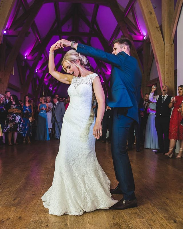 My most popular package is my full day collection. This typically covers 2 hours of morning preparations up until the first dance and a few songs after that if everyone is up partying. This means that every moment of your wedding day is captured, even parts you completely missed!! #weddingday #memories #themillbarns #barnvenues #classicweddingphotography #loveweddings #bestjobever #firstdance #marriedin2020