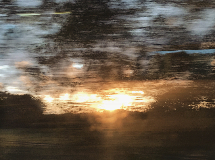 train blur Lindsay McDonagh