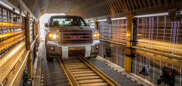 2014-GMC-Sierra-Shipped-by-Train-4-720x340.jpg