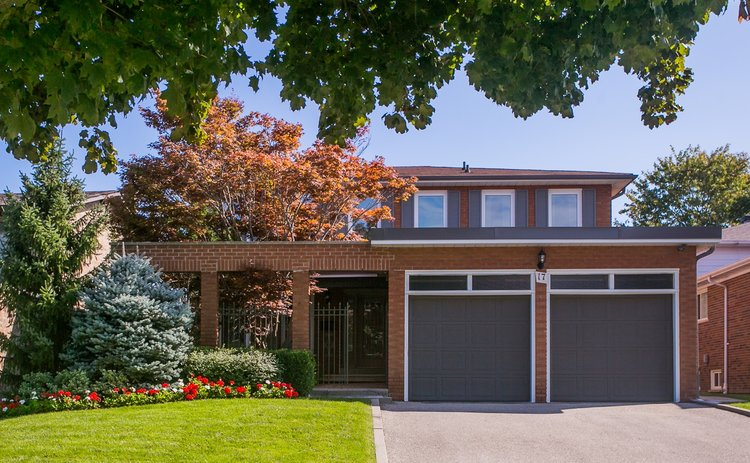 Willowdale Home For Sale 17 Oakhurst Drive Toronto
