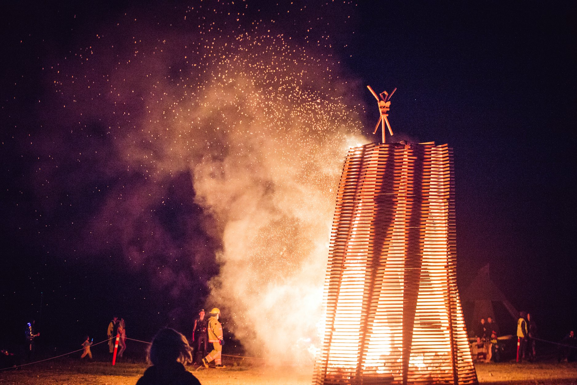 Finally, on the Saturday night of Otherworld, our parametric effigy burned bright (and fast!) to the delight of all 800 people in attendance (including Robazzo founders, Andrew and Tinka).