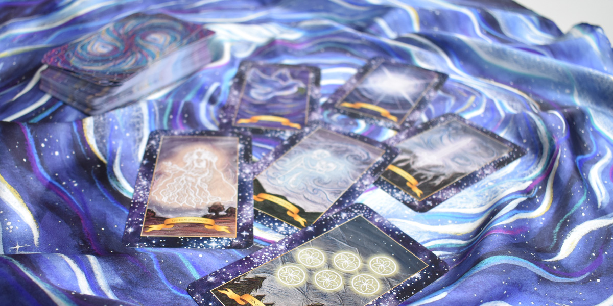 Silk Tarot Altar Cloth for your Tarot Card Reading - Try a Free Online Tarot Card Reading with the Game Ask the Cards!