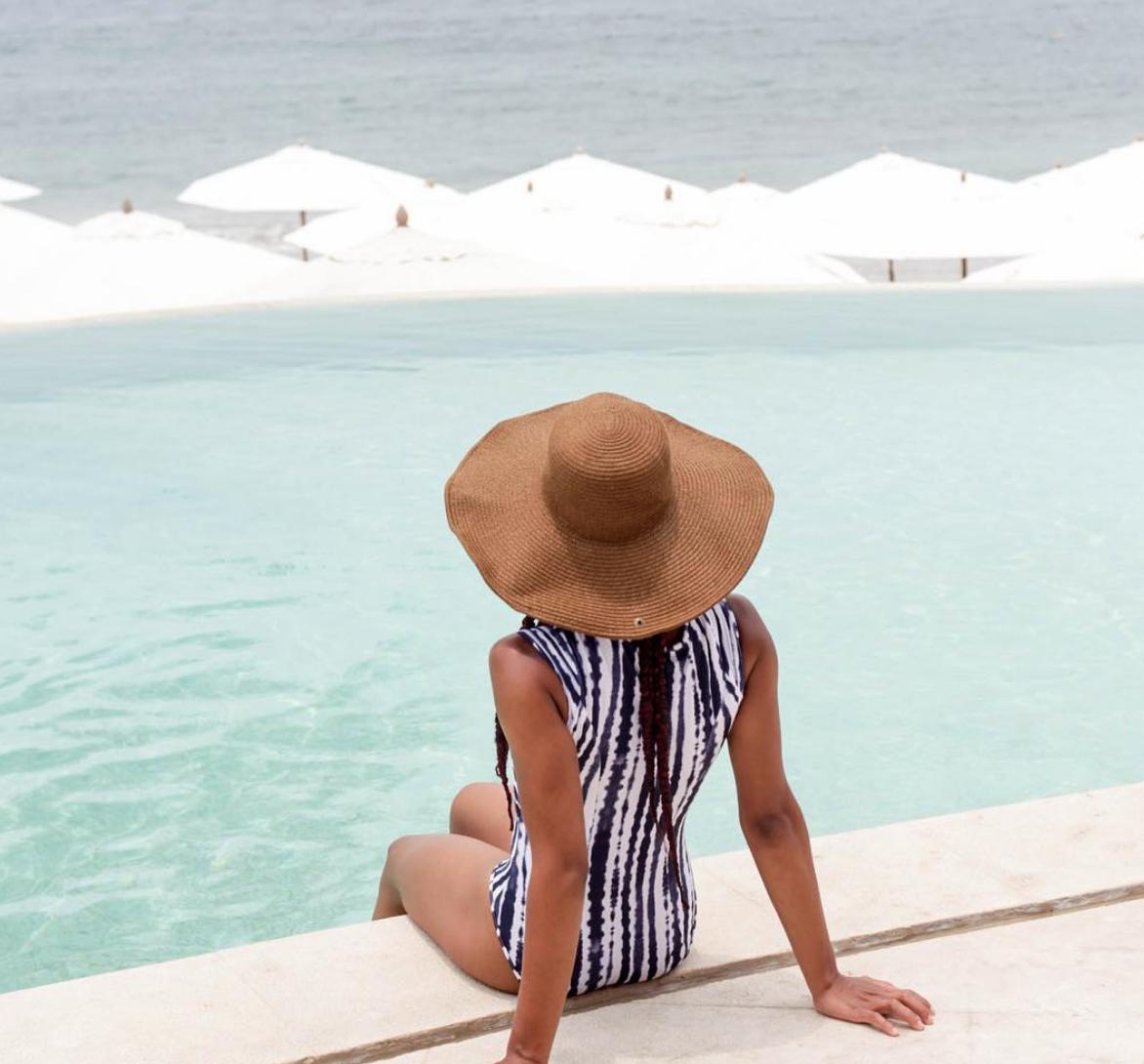 Jaimee_pool_luxury.png