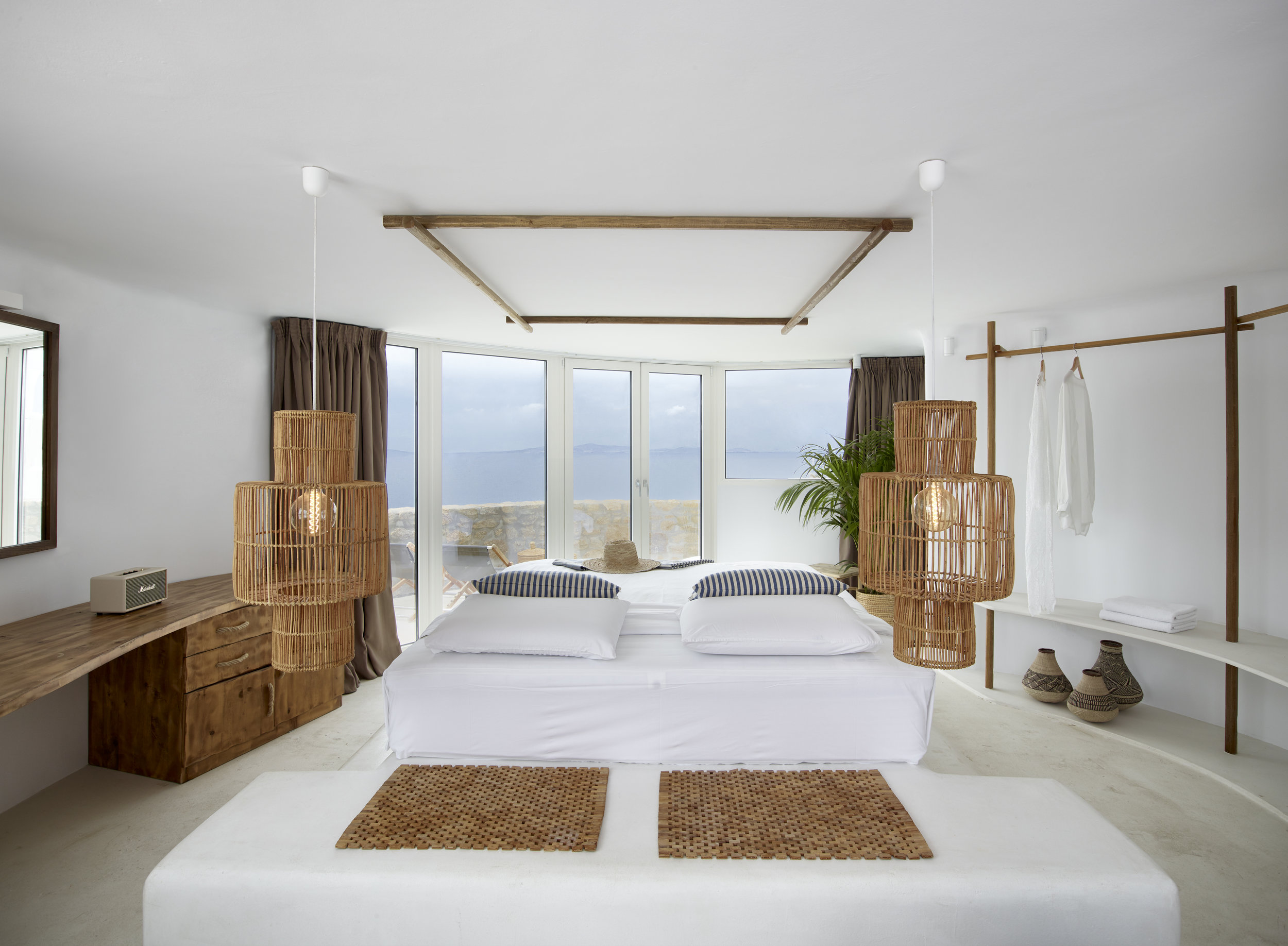FRONT SEA VIEW SUITE (2).jpg