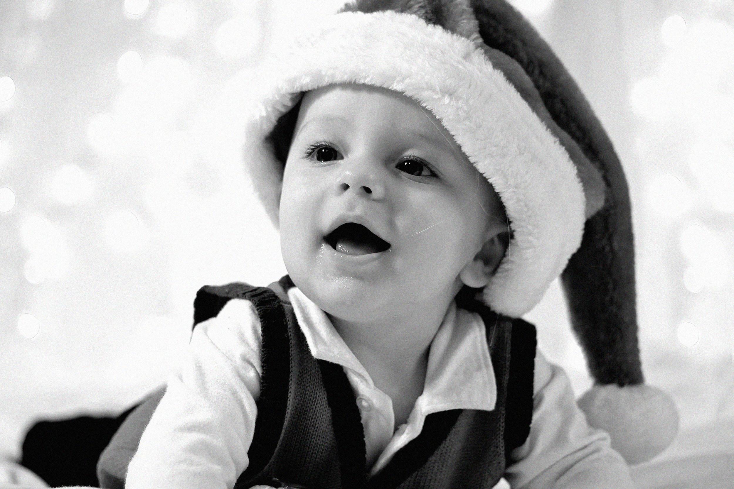 christmas baby bw.jpg