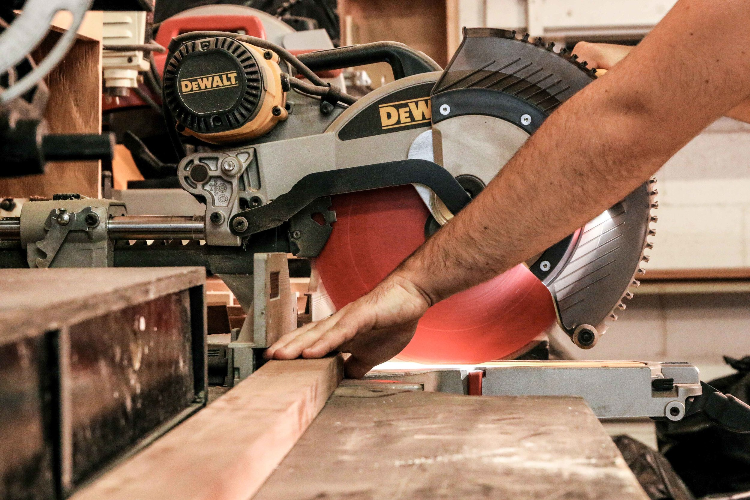 shop-chop saw low .jpg