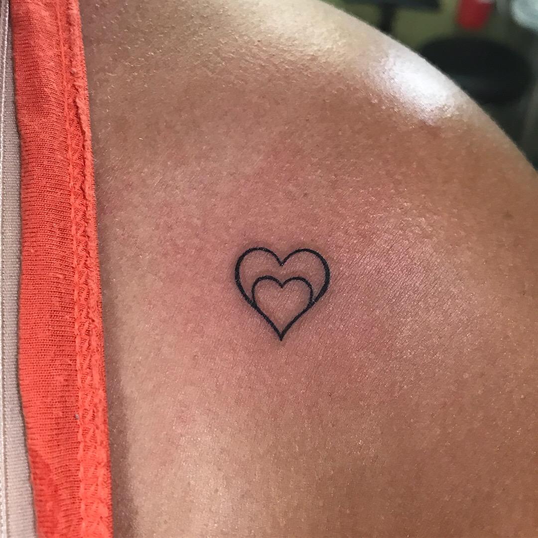 fine line single needle Justin Turkus Philadelphia best tattoo artist heart perfect 2.jpg