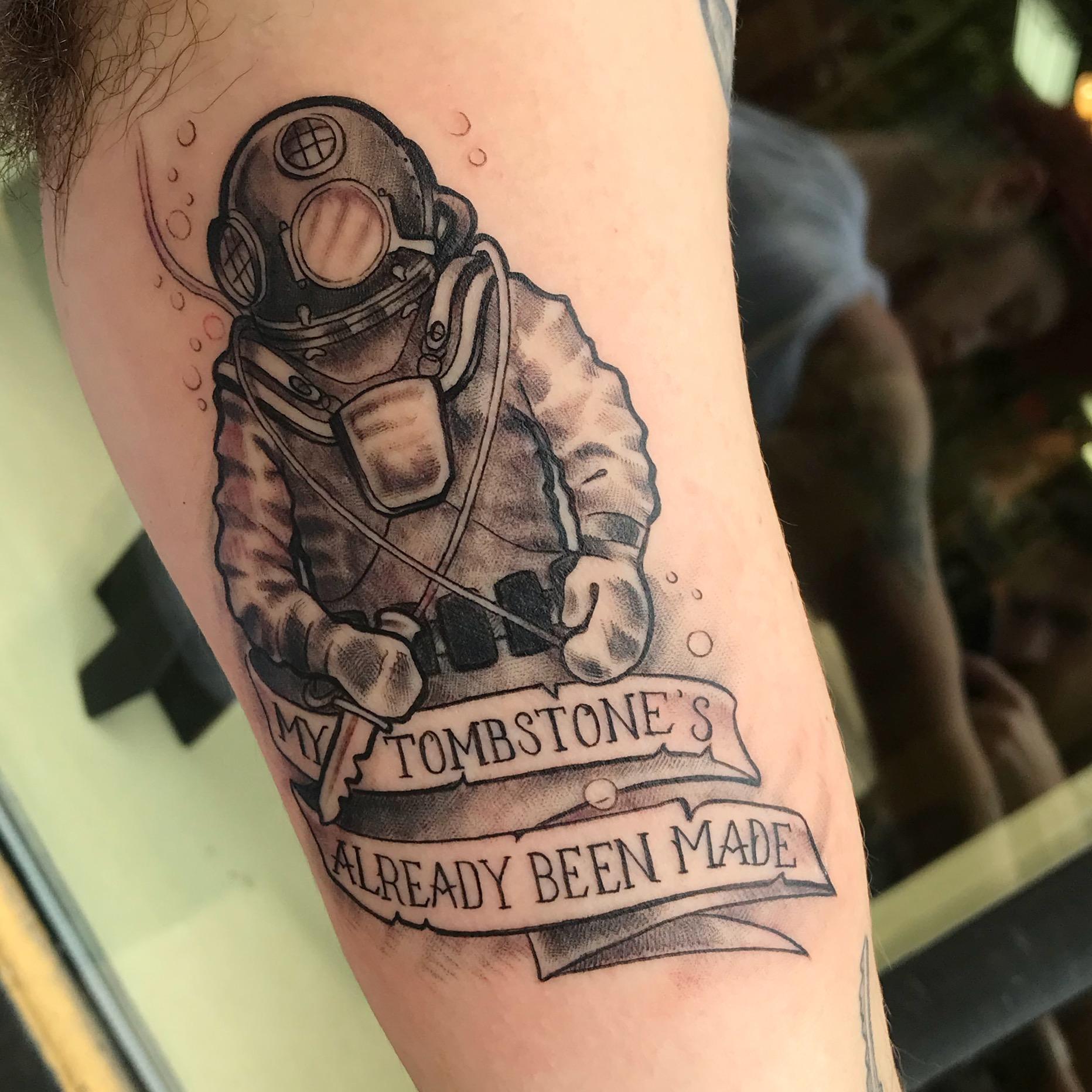 bg Justin Turkus Philadelphia fine line lettering best tattoo Artist diver tombstone office deep sea fullsize.jpg