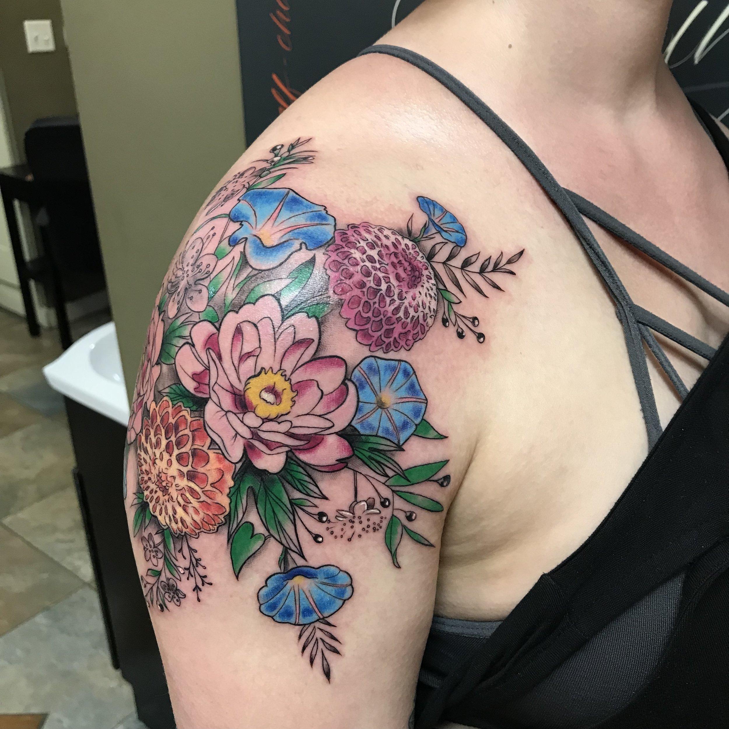 color floral bouquet dahlia Turkus shoulder May 2019.jpg