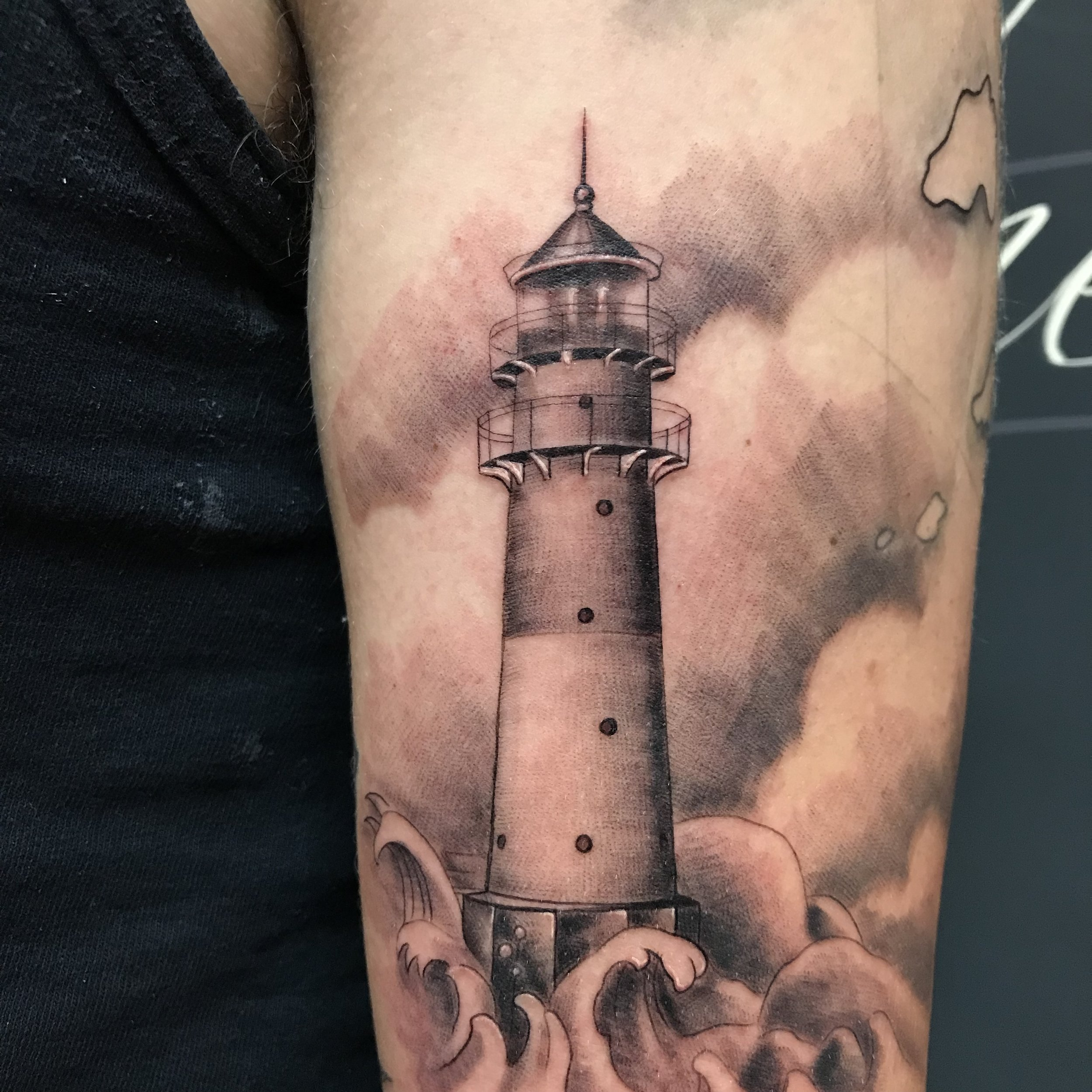 bg fineline lighthouse detail Turkus spring 2019.jpg