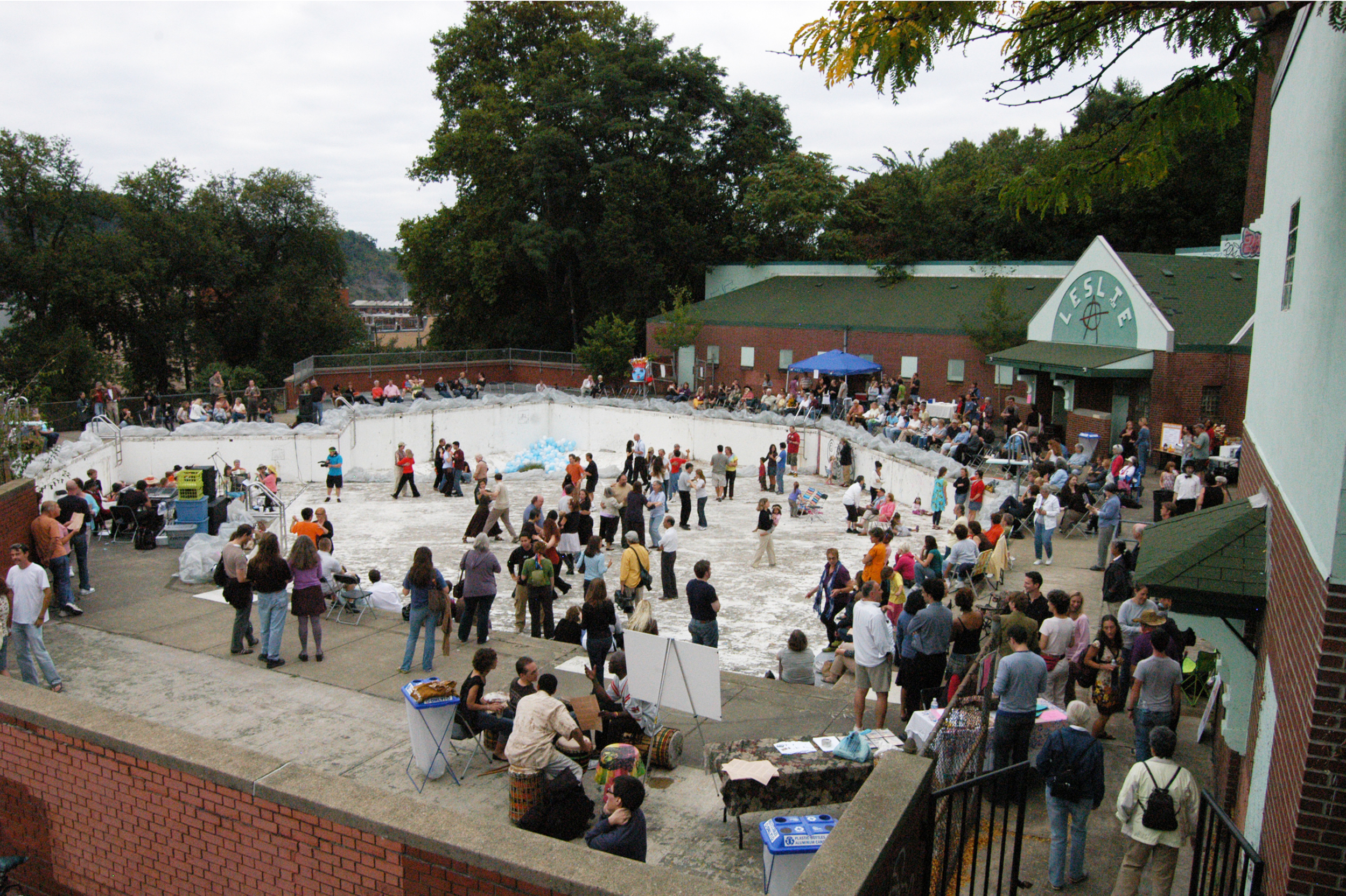 At a LLPC event prior to UDBS involvement, over 500 people attend an accordion pool party.