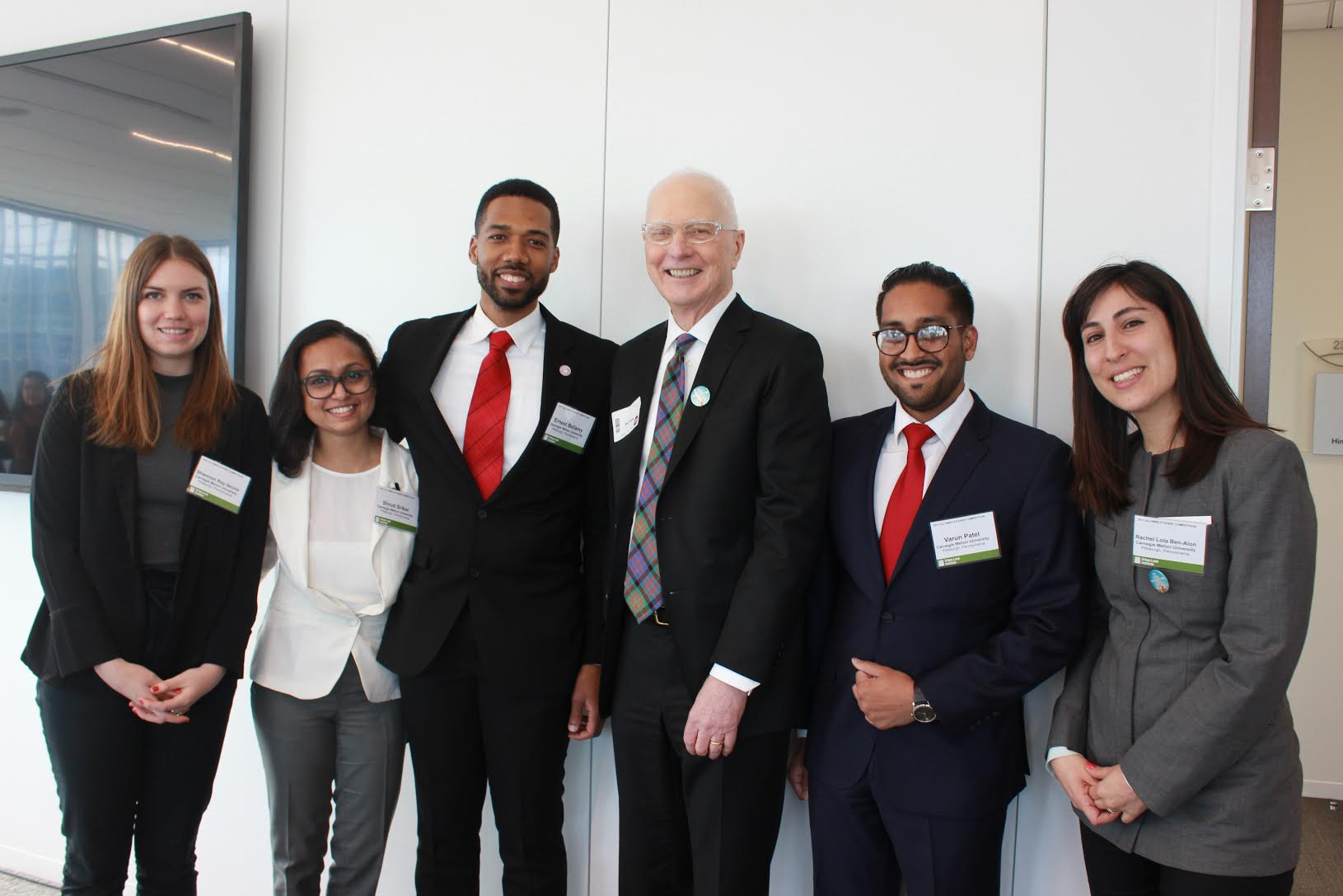 From left to right,team members Shannon Iacino, Shruti Srikar, Ernest Bellamy, Don Carter, Varun Patel, Lola Ben-Alon. Photo credit: Radhika Patel