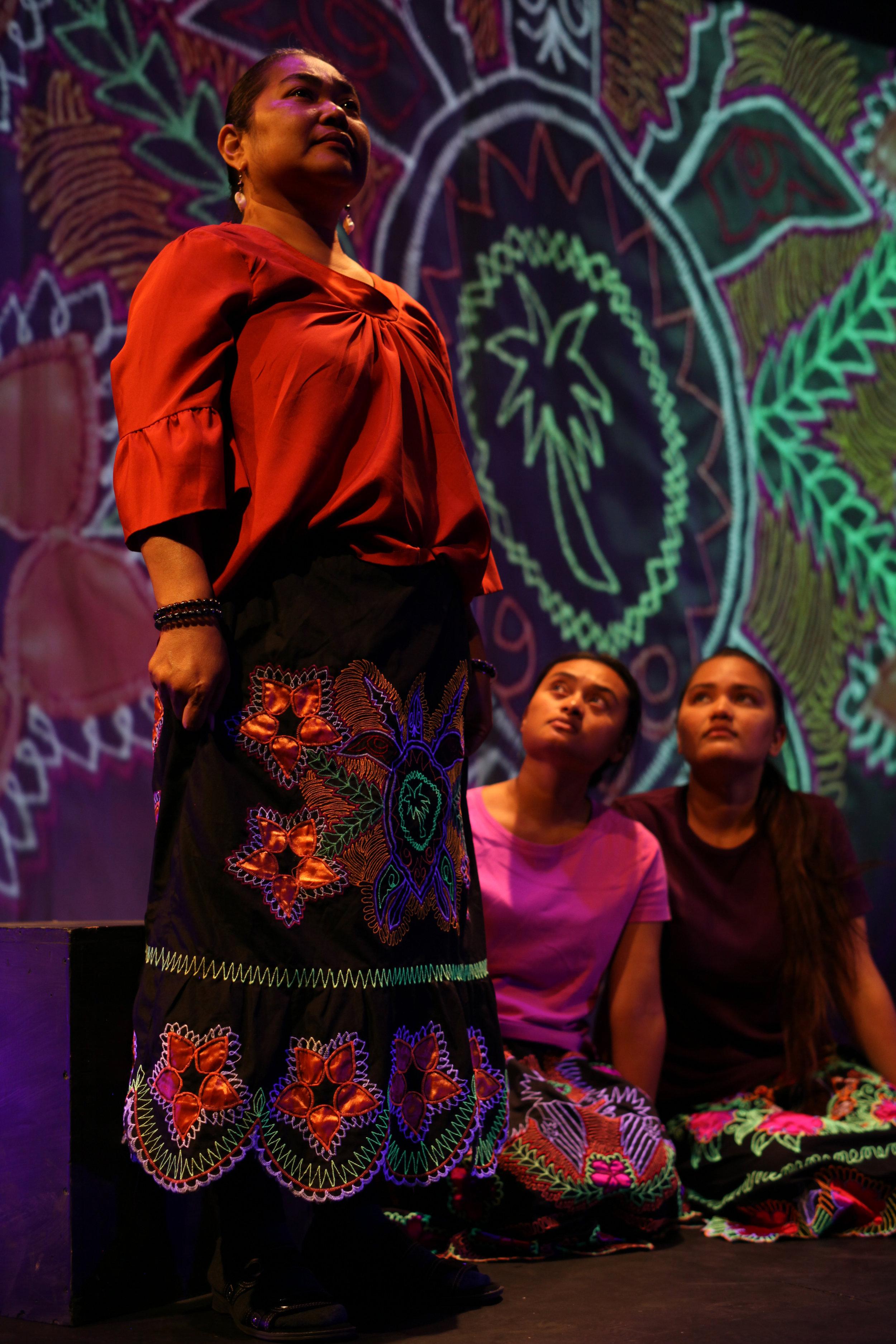 Innocenta Sound-Kikku, Jayceleen Ifenuk, Emeraldrose Hadik, in 'Masters of the Currents' Presented by Pangea World Theatre & TeAda Productions in Minneapolis, Minnesota. Photo by Joan Osato.