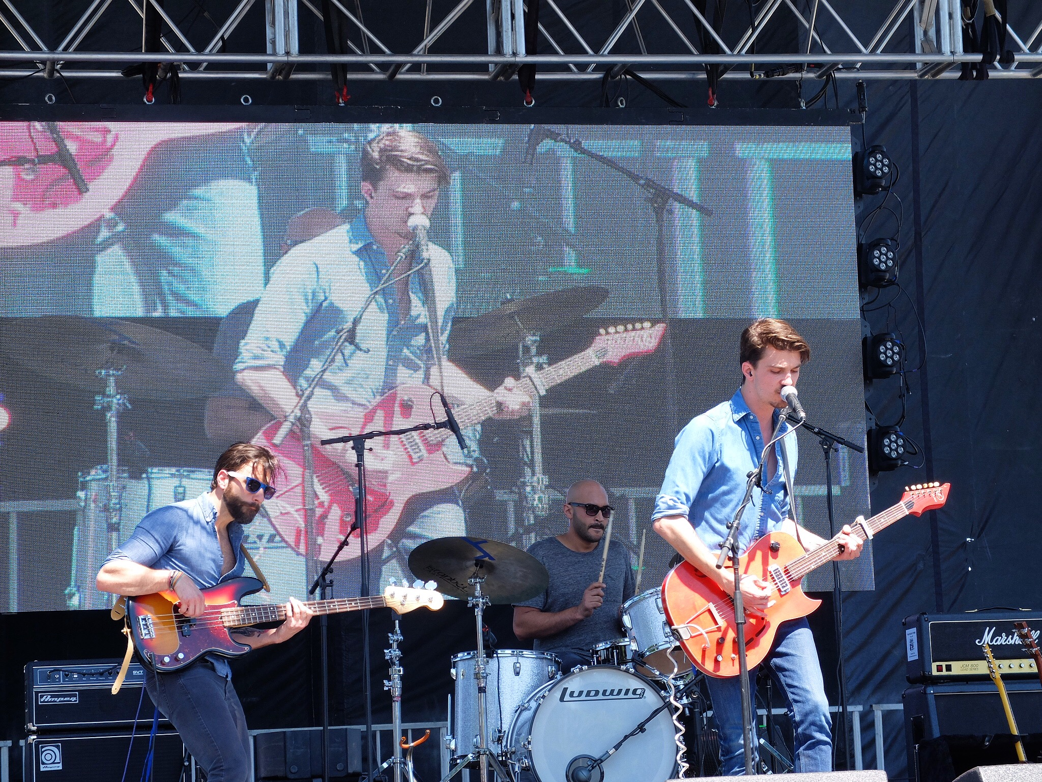 Chase Kerby and the Villians  played the Main Stage shortly after LTZ. Chase and I went to the same highschool and ended up founding Tree & Leaf together, and actually the name, Tree & Leaf, was Chase's idea! Down the road Chase rightfully chose to pursue his passion of music and it was the right choice. He has played along side countless artists, been featured on The Voice, and is an incredible musician and all-around great guy.