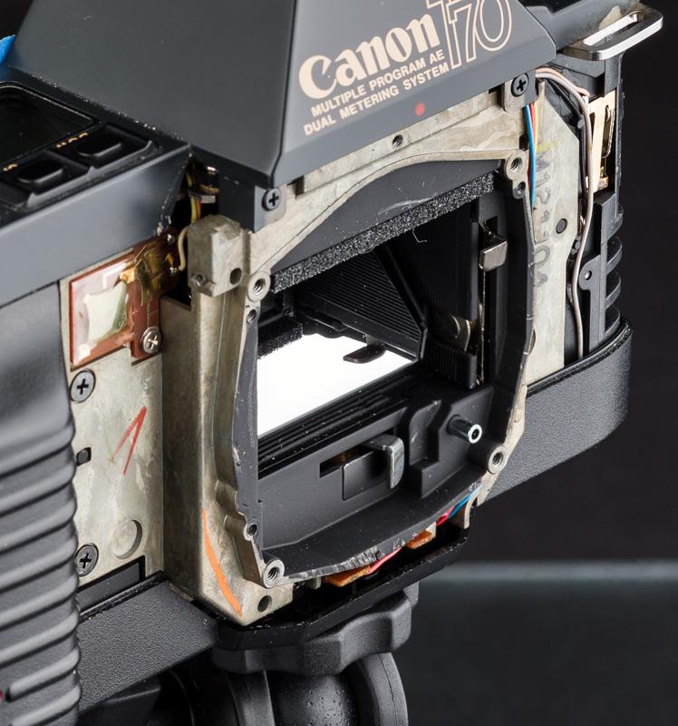 061716_ExplodedCamera-058-60_FocalBkt-iarbp.jpg