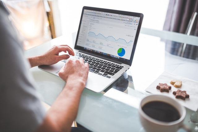 Setting up your analytics as an entrepreneur .jpg