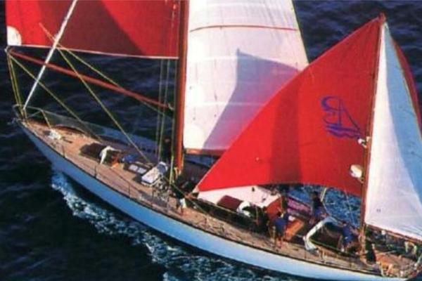 Yacht - Telstar