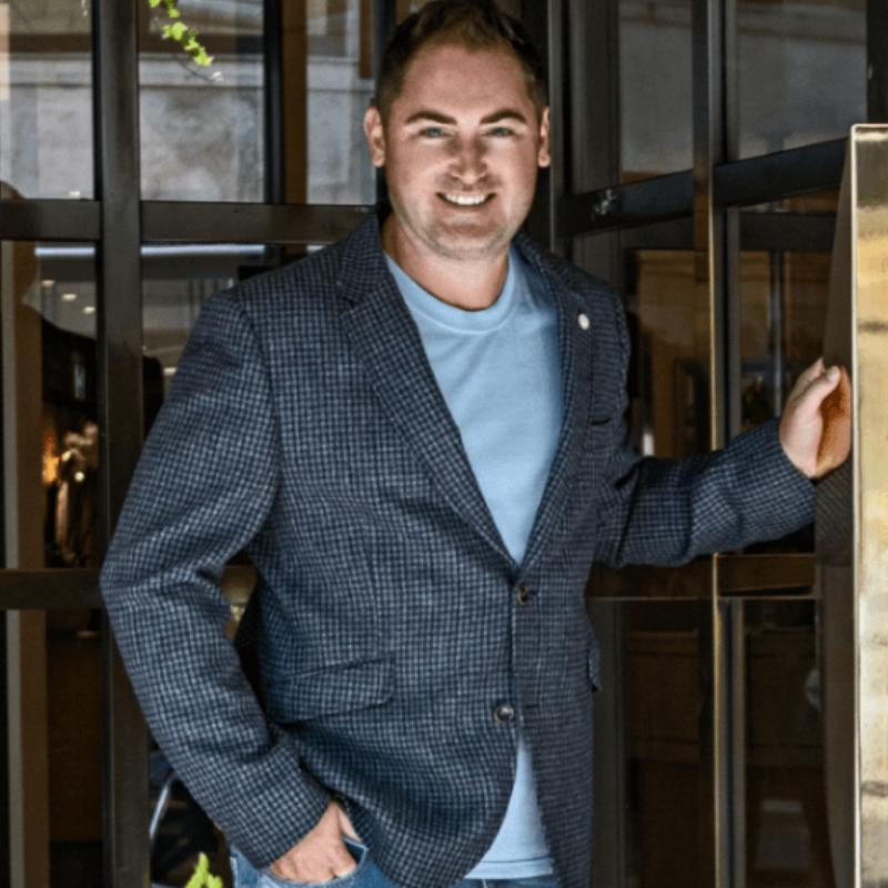 att Haycox, Investor and founder of Funding Gur -