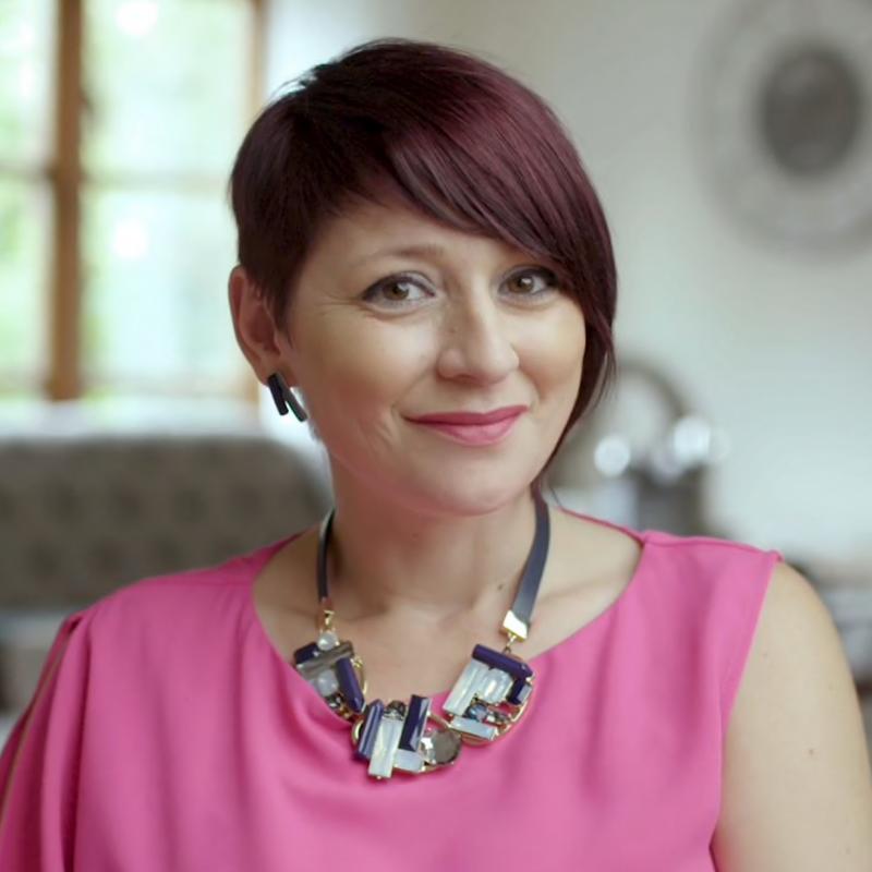 Managing Director & Principal Coach, Lenka Lutonska - Just Entrepreneurs.png