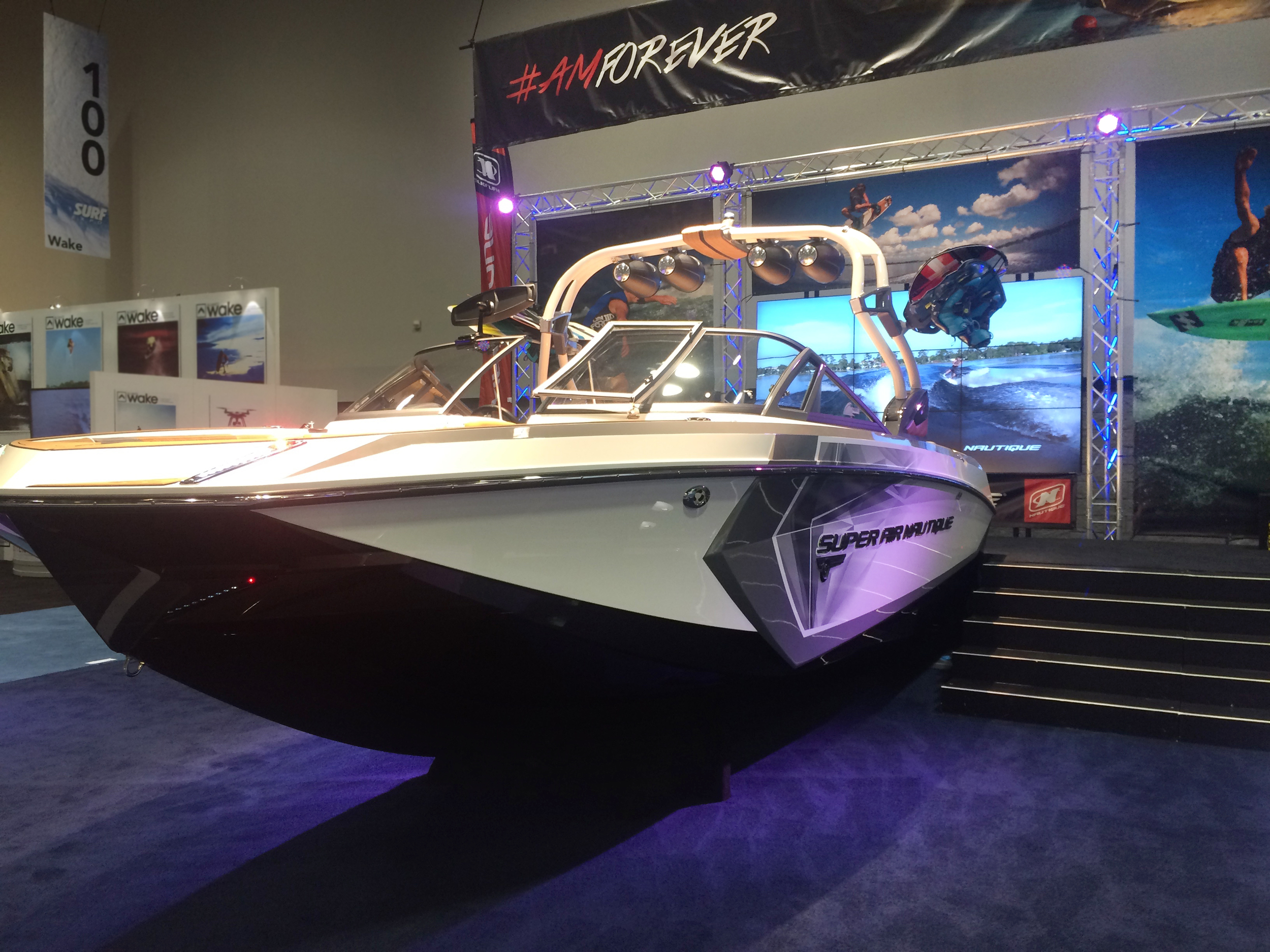 Simple but cool boat display from Nautique that made it feel like the wake was really right behind it.