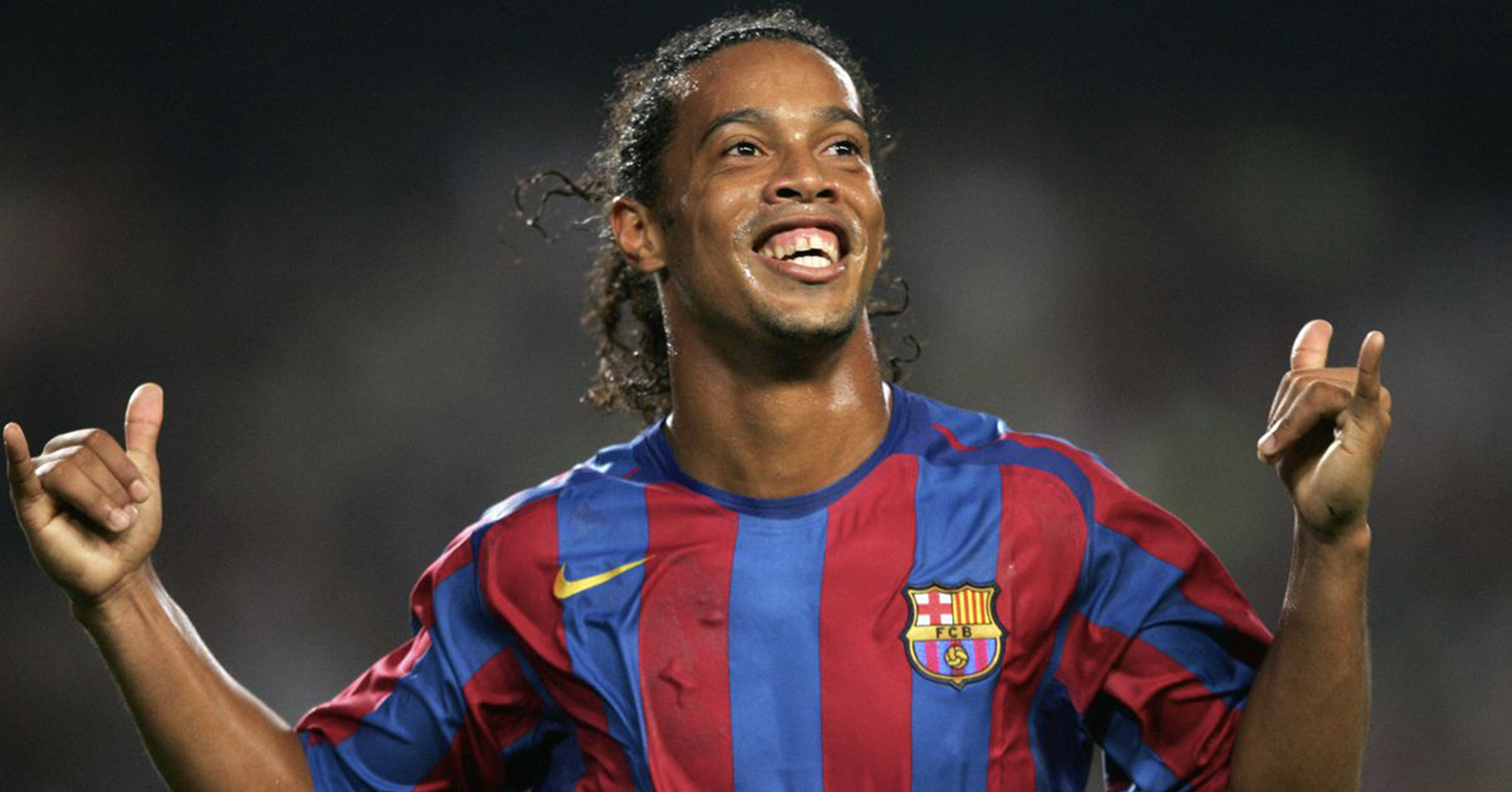 """- """"FUTSAL IS AN EXTREMELY IMPORTANT WAY FOR KIDS TO DEVELOP THEIR SKILLS AND UNDERSTANDING OF THE GAME. MY TOUCH AND MY DRIBBLING HAVE ALL COME FROM PLAYING FUTSAL.""""RONALDINHO"""