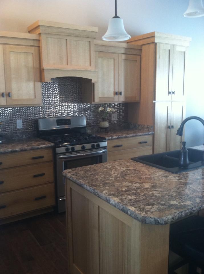 ecc kitchen4.jpg