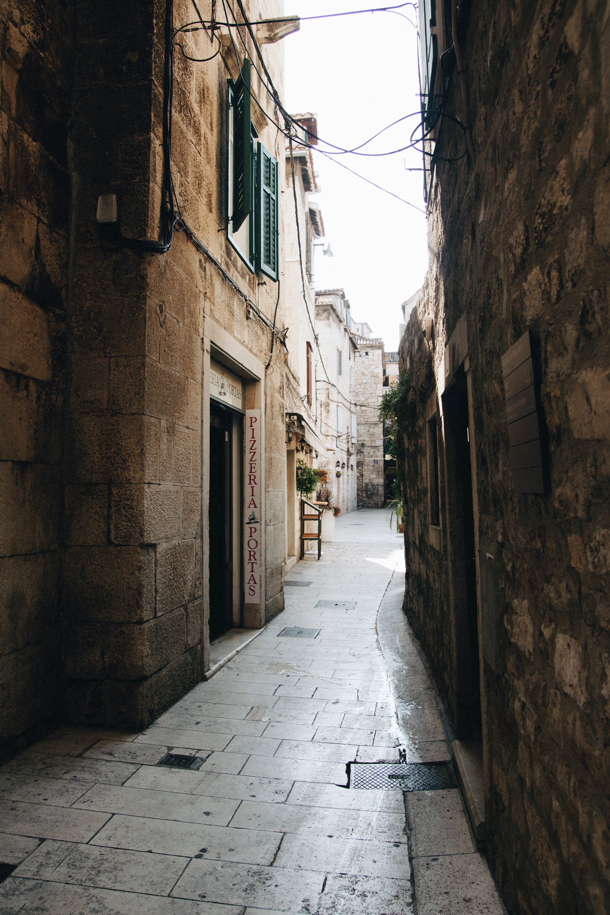 Old Town Split, early morning = 0 tourists