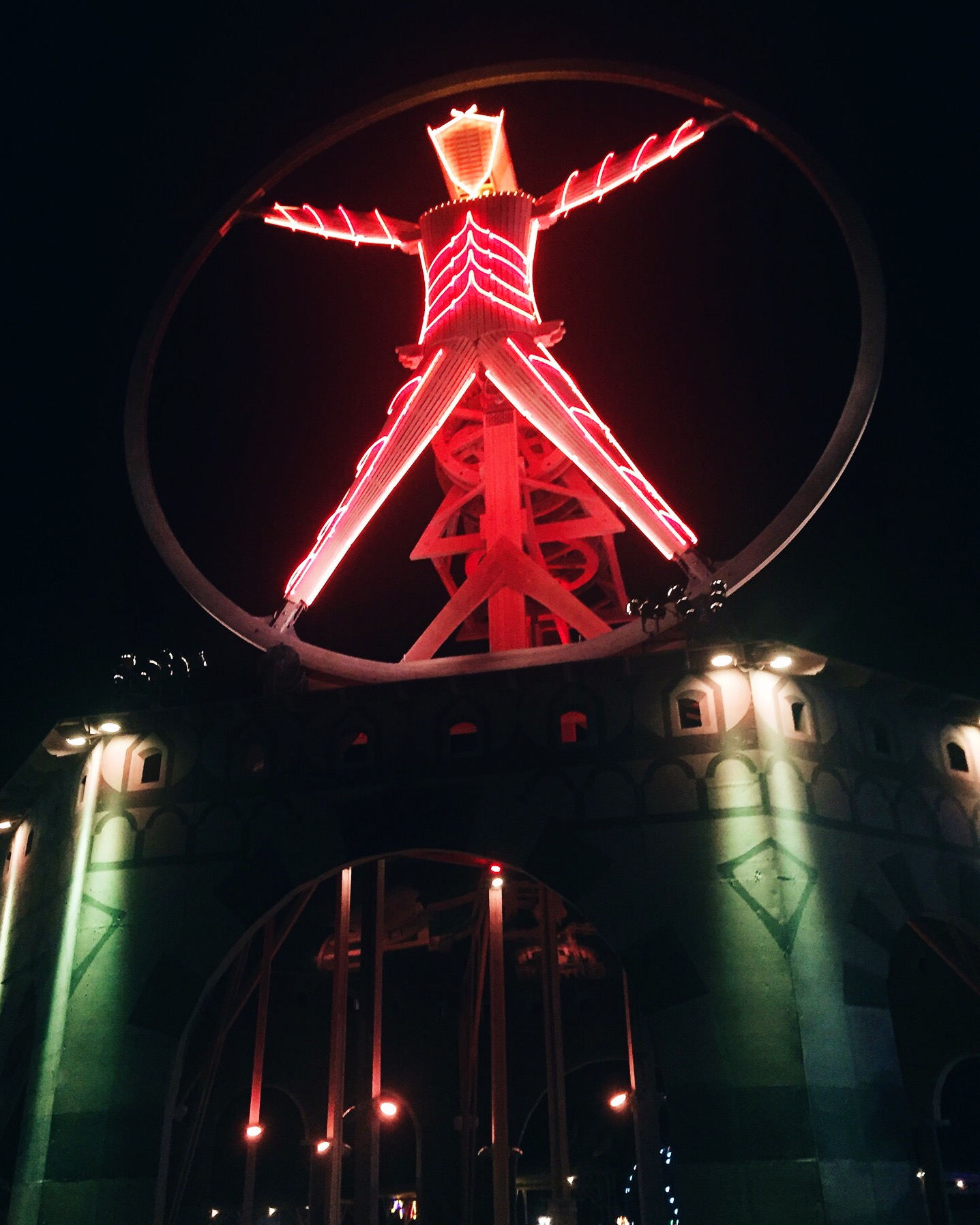 The Burning Man, inspired by the vitruvian man. Photo by  @chelseagildea