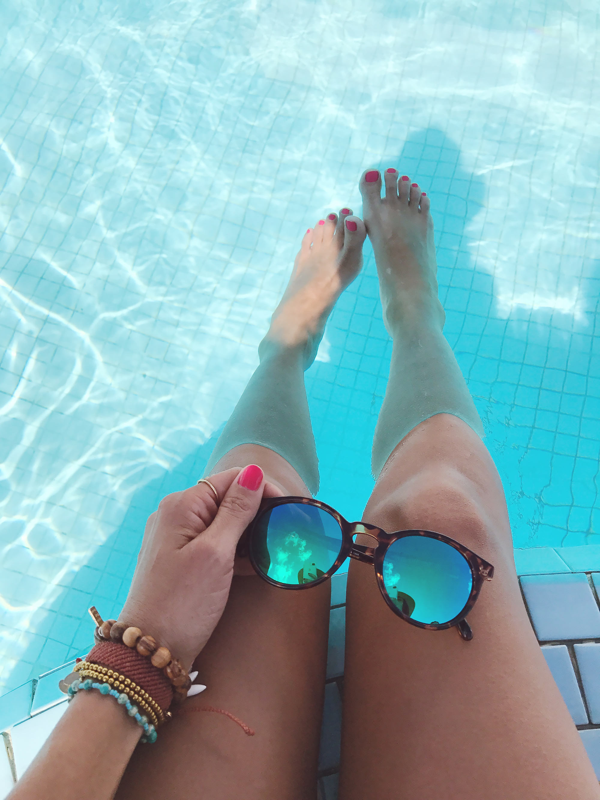 Love Life Jewelry and Sunskis, perfect for a beach vacation.