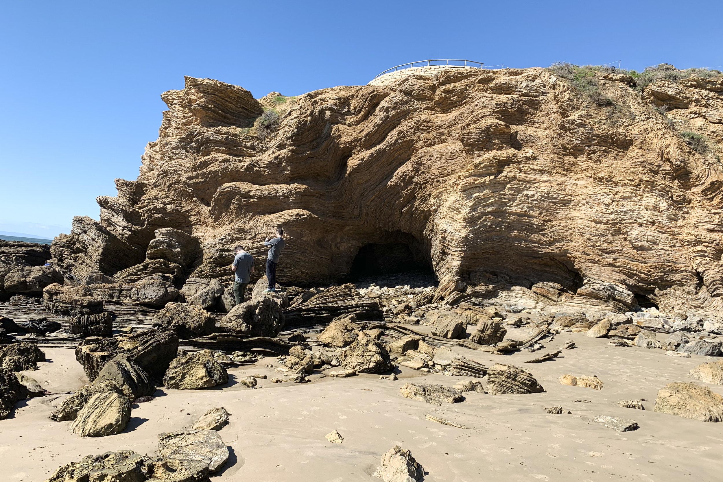 chrissihernandez-california-lagunaBeach-crystalCove (78)copy.jpg