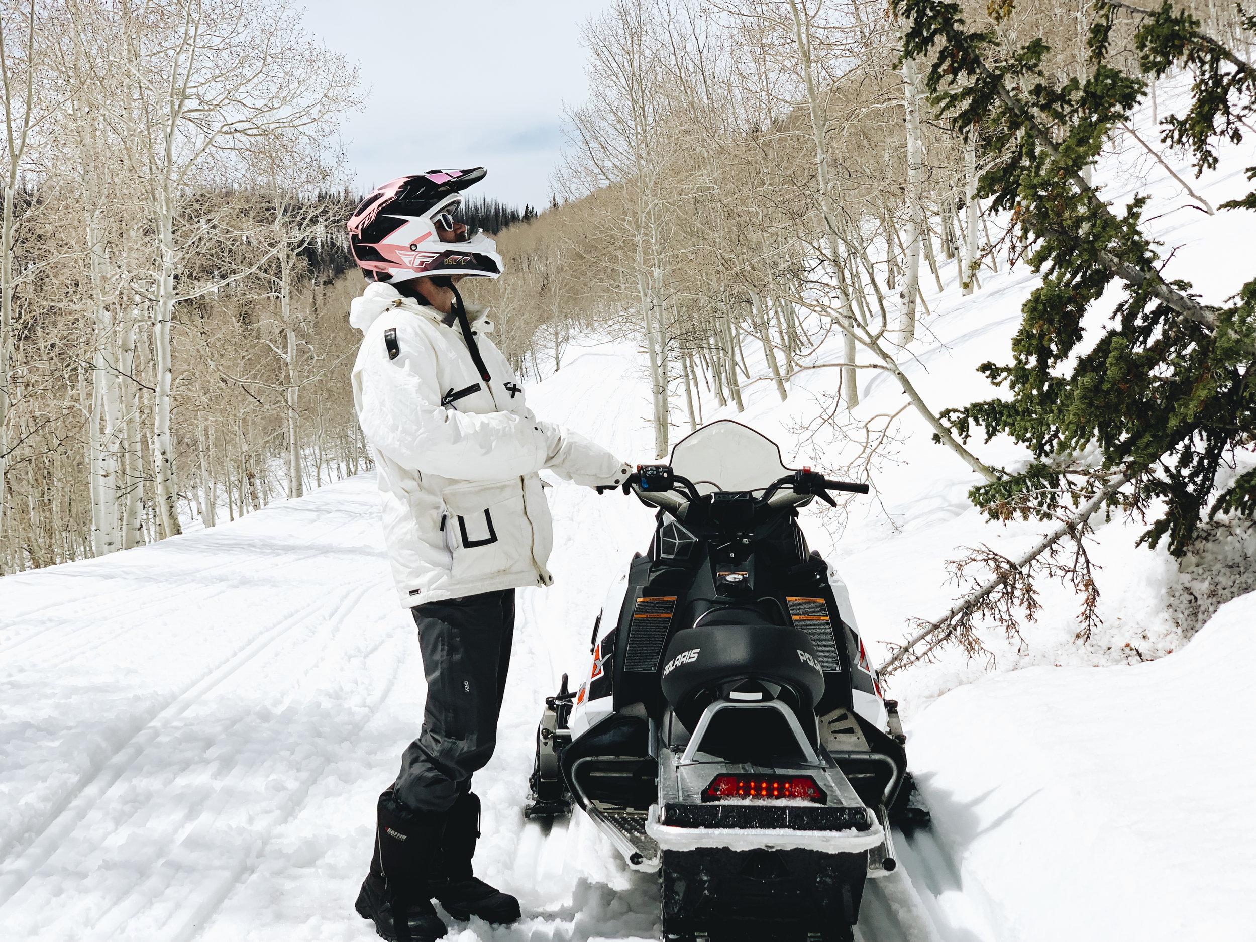 chrissihernandez-utah-parkcity-snowmobiling-2copy2500.jpg