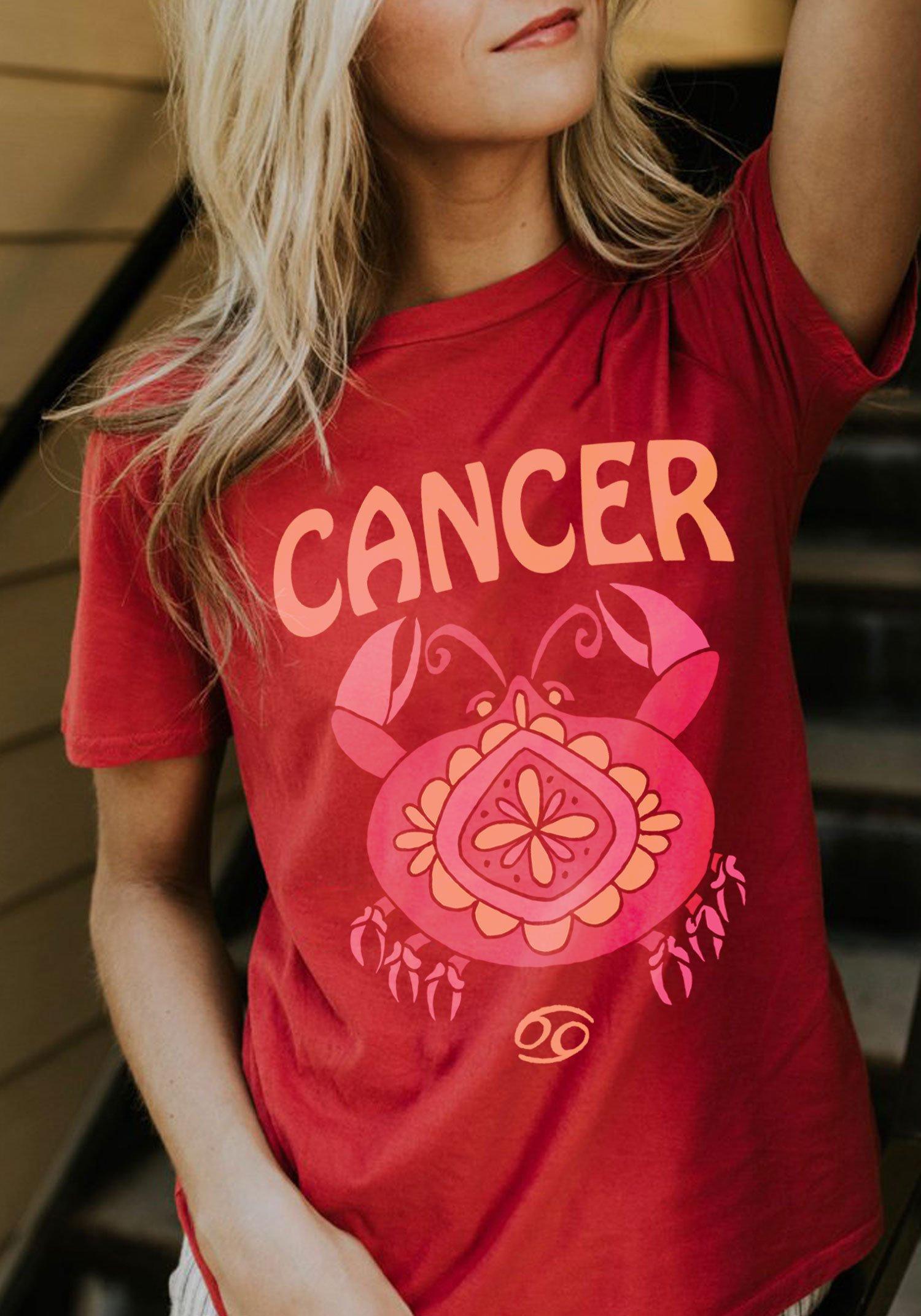 chrissihernandez-kaeraz-horoscope-tee-cancer.jpg