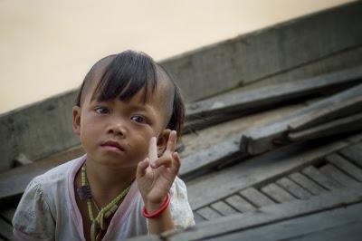 girl_in_boat_cambodia.jpg