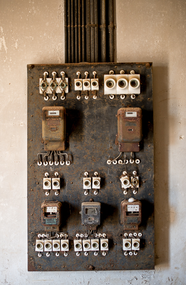 An old electric panel in the ice factory.  I'm pretty sure I have the same wiring in my house.