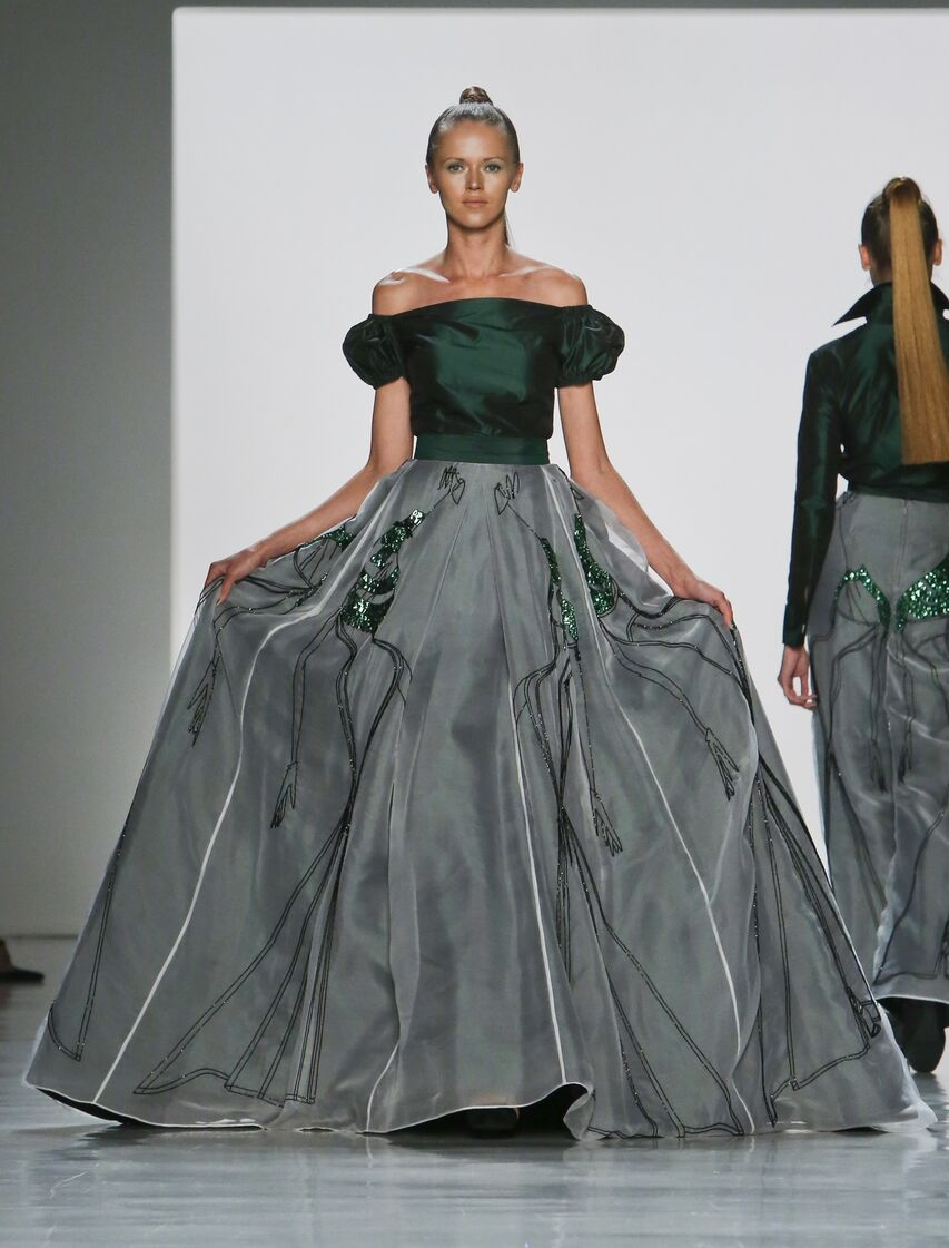 Christine_The_Syle_D'affaire_nyfw_yigal Zang Toi_timeless_classic_chic_spring collection_2018.jpg