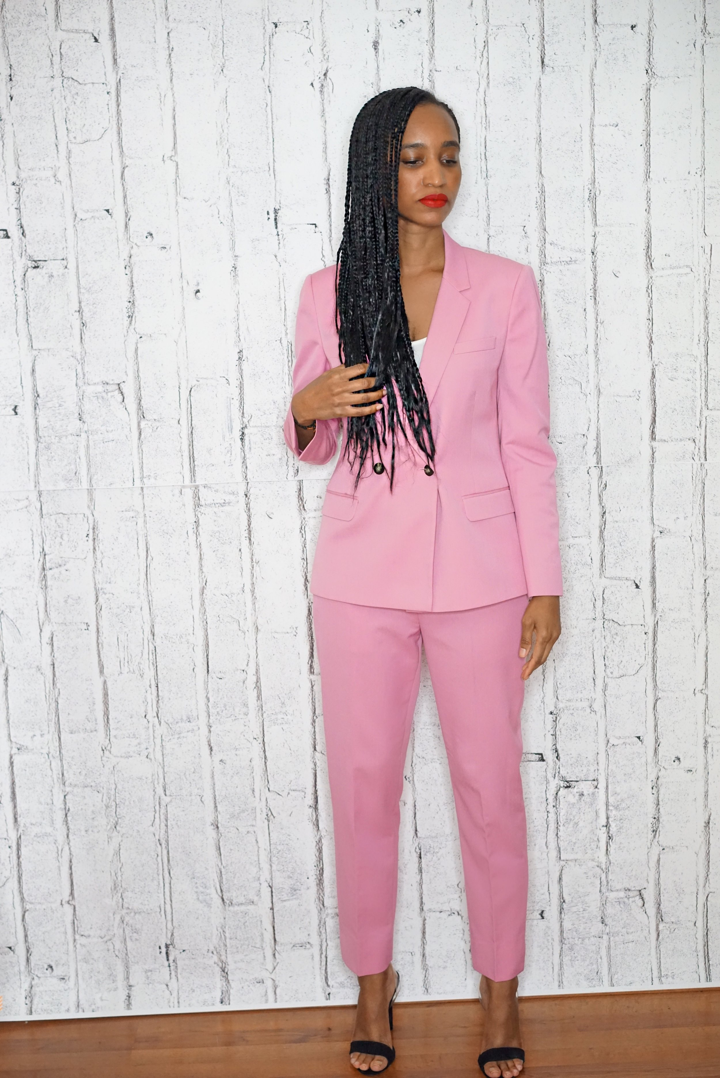 christine_the_style_d_affaire_suit_trousers_blazers_topshop_top_white_pink_lipstick_fenty_beauty_rihanna_miansai_bracelet_steve_madden_shoes_suede_fall_winter_spring_collection.JPG
