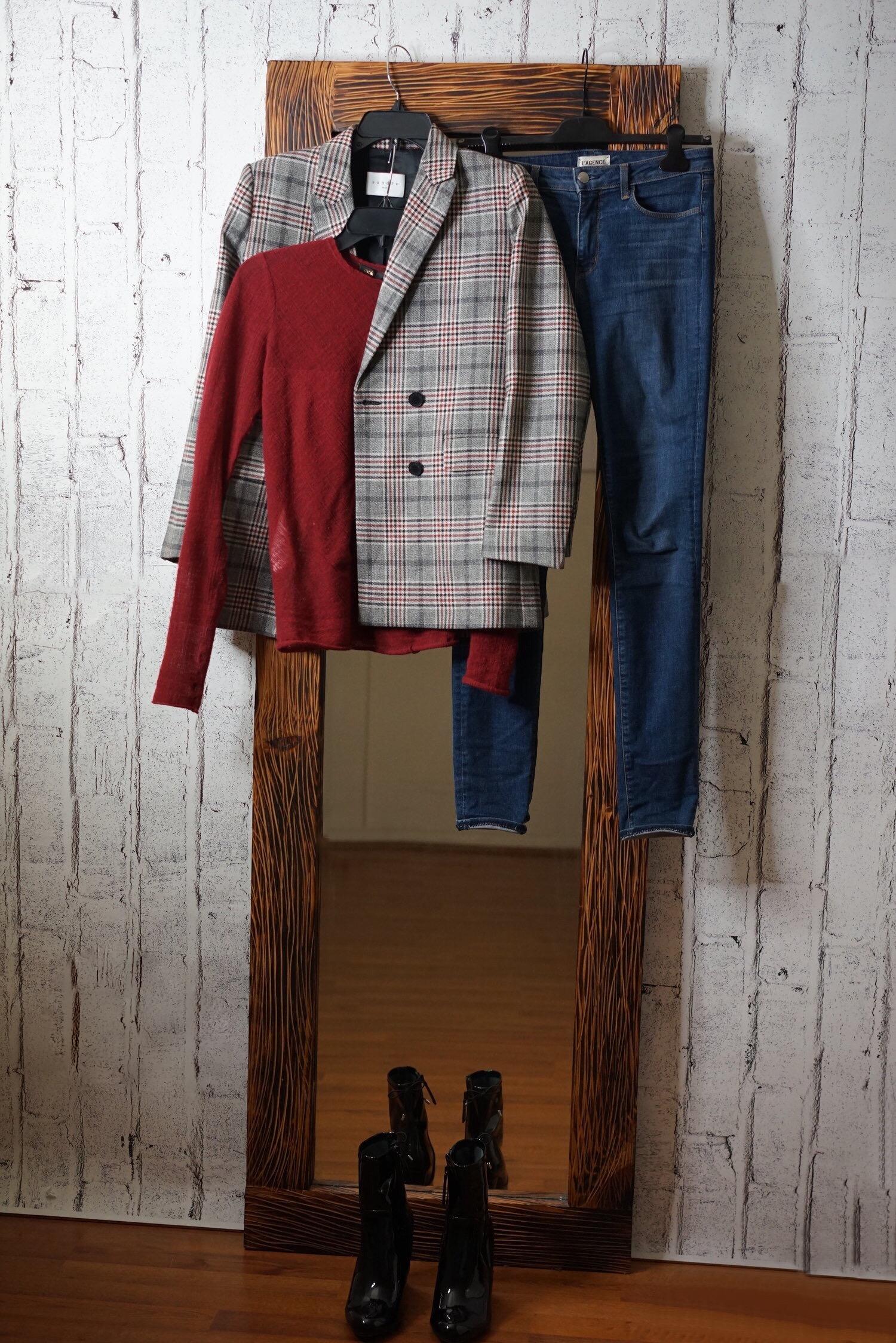 christine_the_style_affaire_sandro_paris_plaid_jacket_blazers_maje_burgundy_top_material_girl_boots_aldo_l_agence_jeans_blue_outfit_hm_earrings_fenty_beauty_lipstick_nyc.jpg