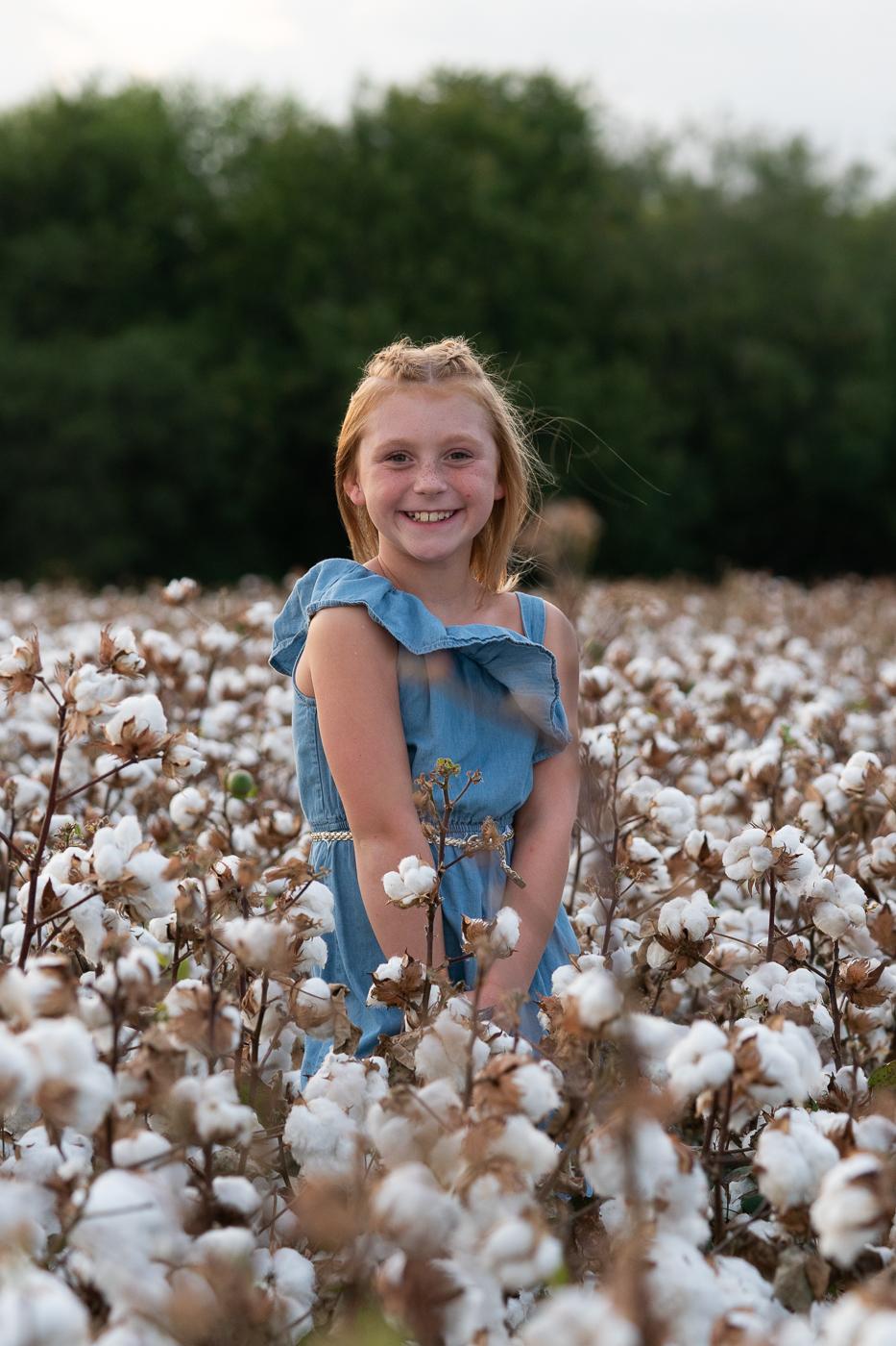 cotton-field-family-portrait-mini-session-san-antonio-lytle-6.jpg
