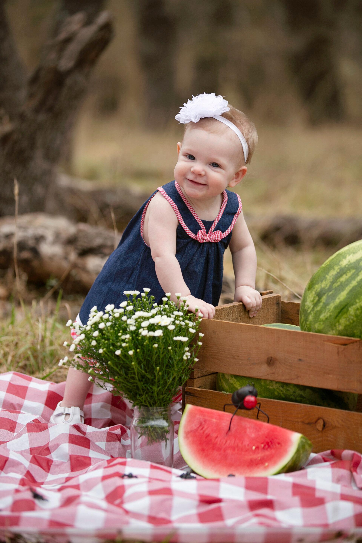 watermelon-summer-picnic-cake-smash-lytle-san-antonio-texas-photographer-1.jpg
