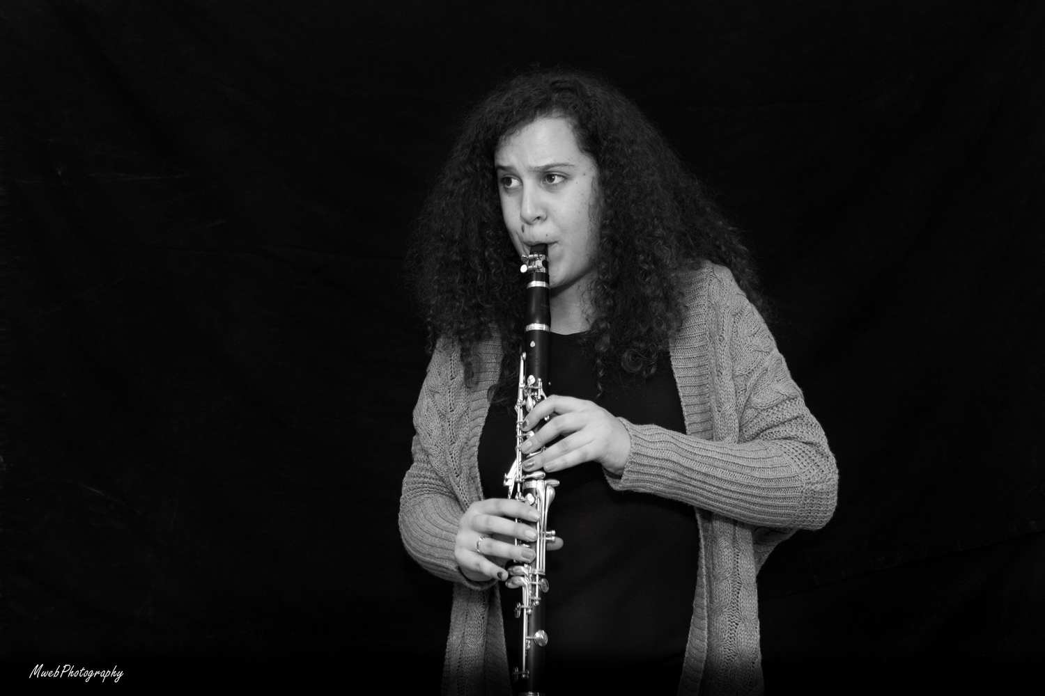 Lydia Sadoff playing Mozart's clarinet concerto.