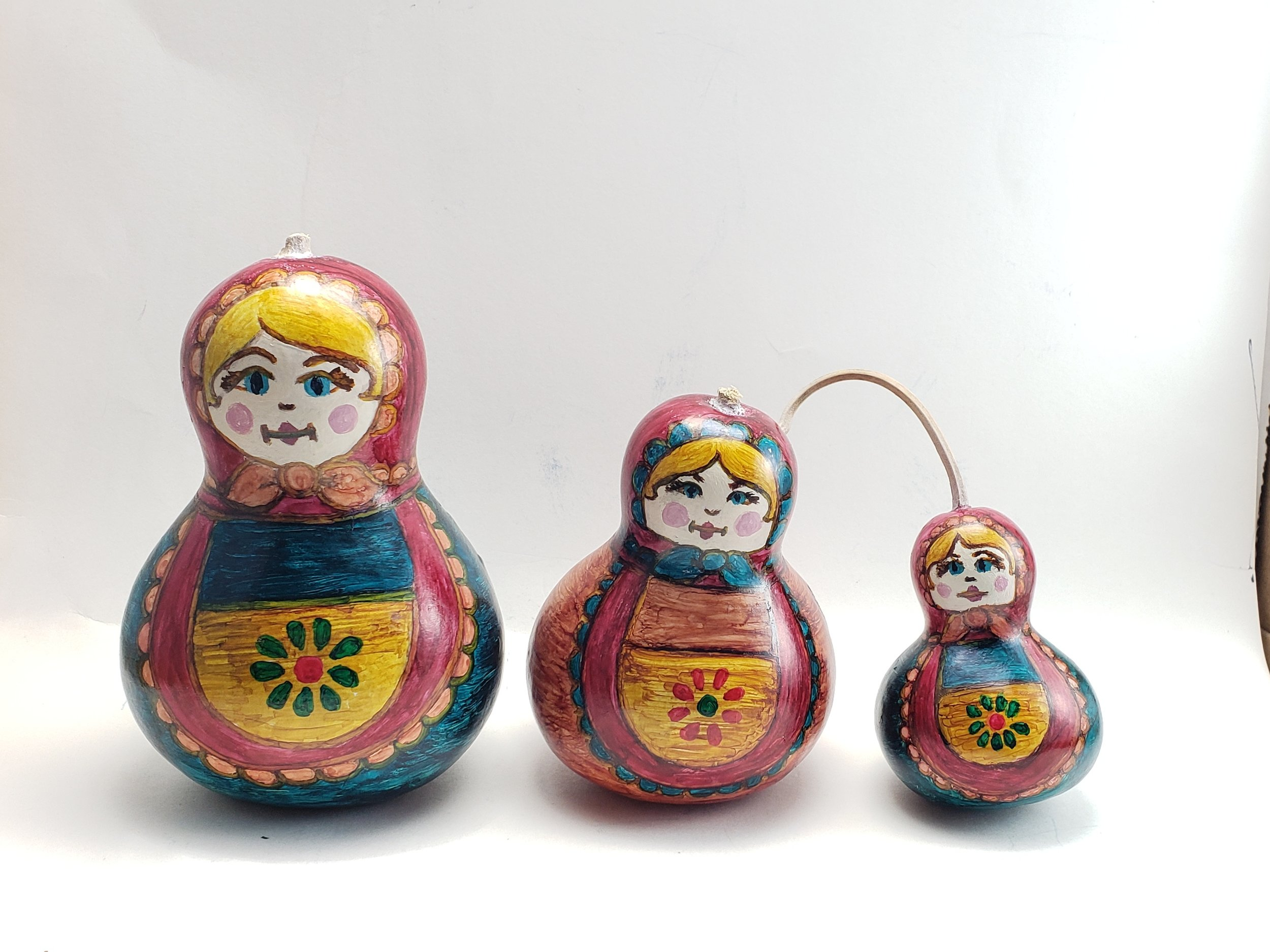 Matryoska Nesting Dolls 2019    Alcohol Ink on Bottle Gourds    $125