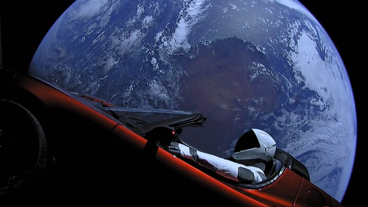 Starman-Earth_resize_md.jpg