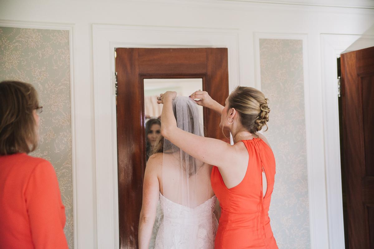 Bride Getting Ready | Endicott Estate Wedding - Dedham, MA. | Kelly Burgess Photography