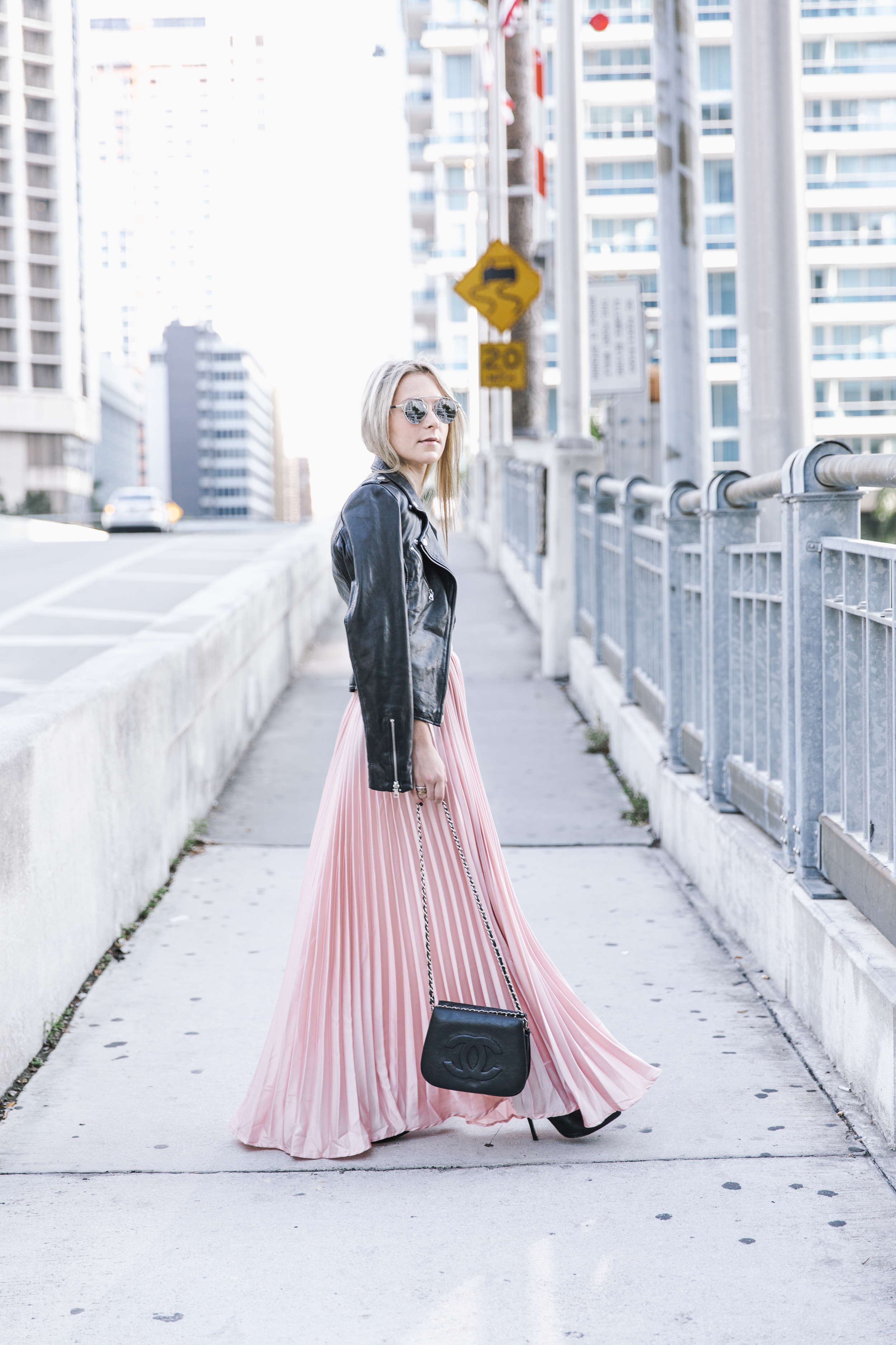 shein_pink_pleated_skirt