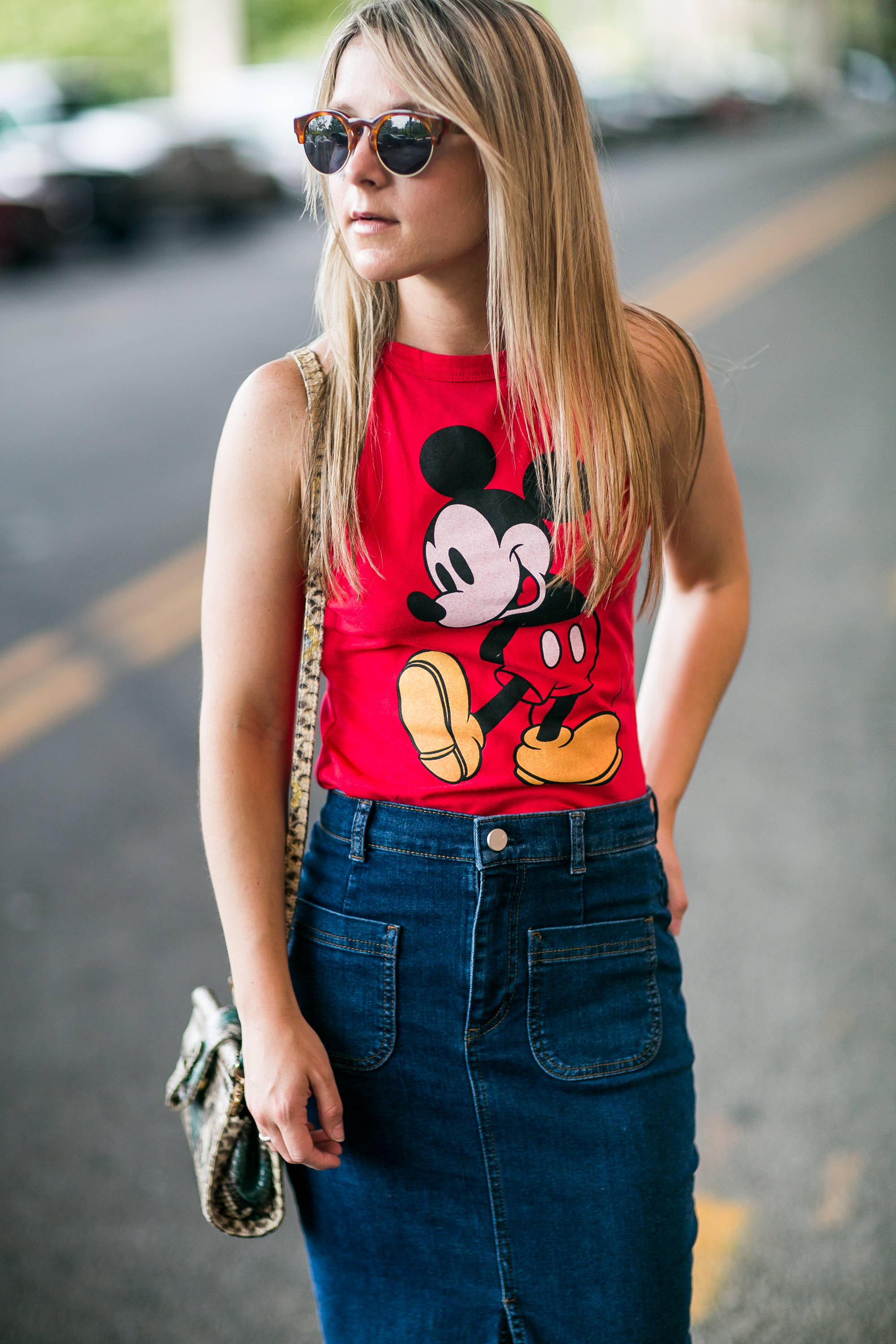 how_to_Style_a_graphic_tee